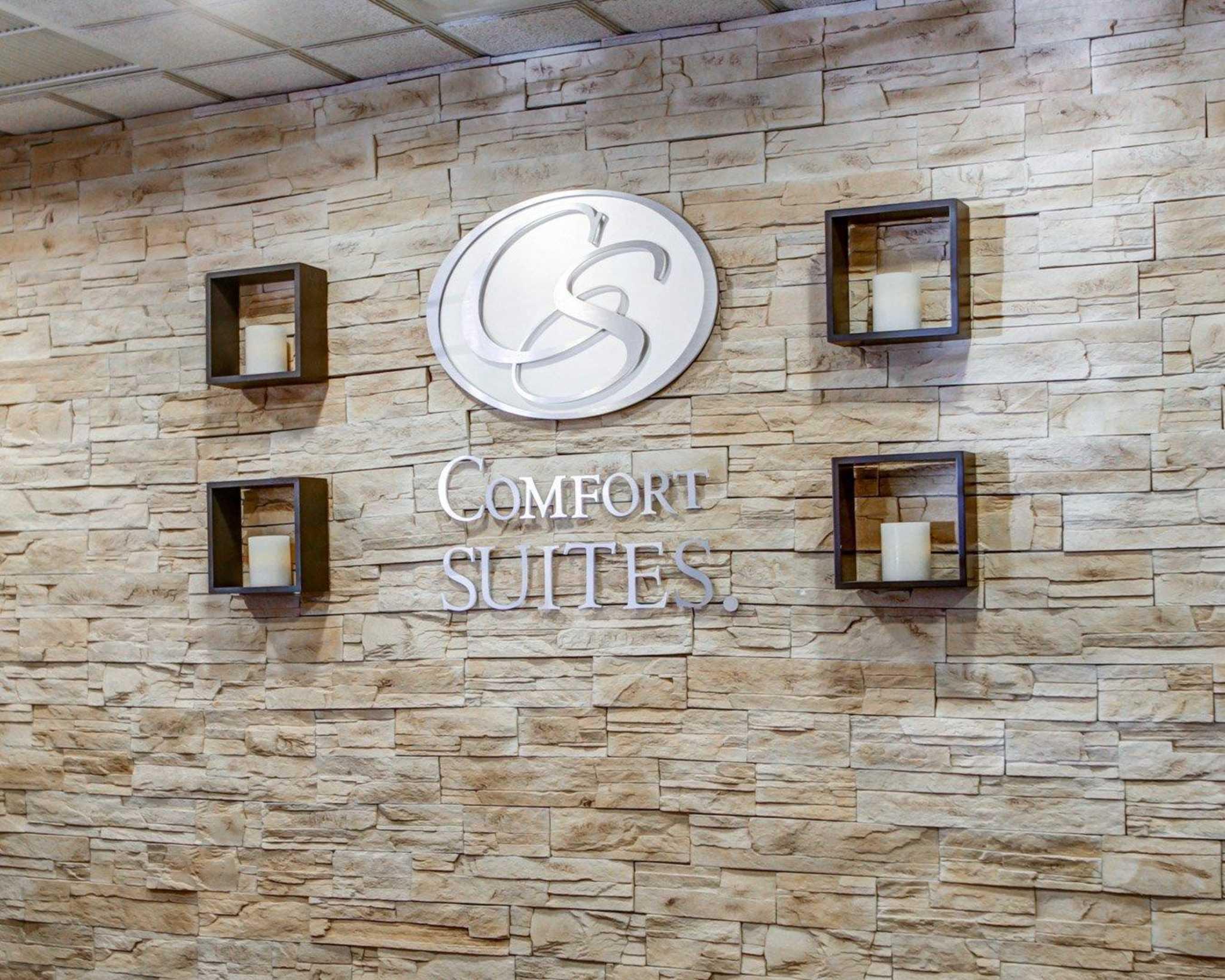 Comfort Suites Weston - Sawgrass Mills South image 8