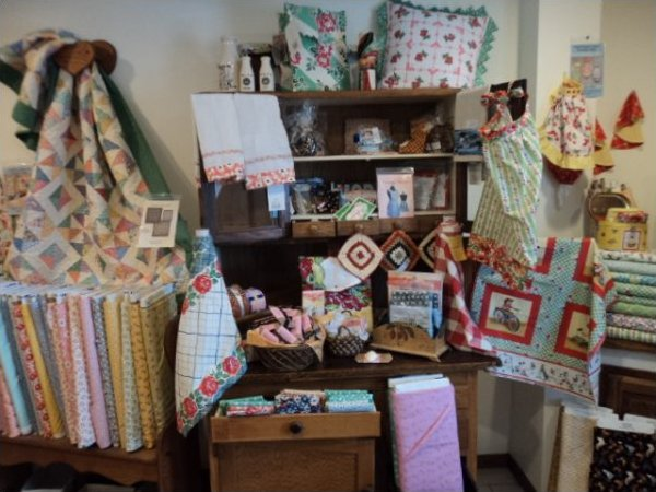 The Front Porch Quilt Shop image 9