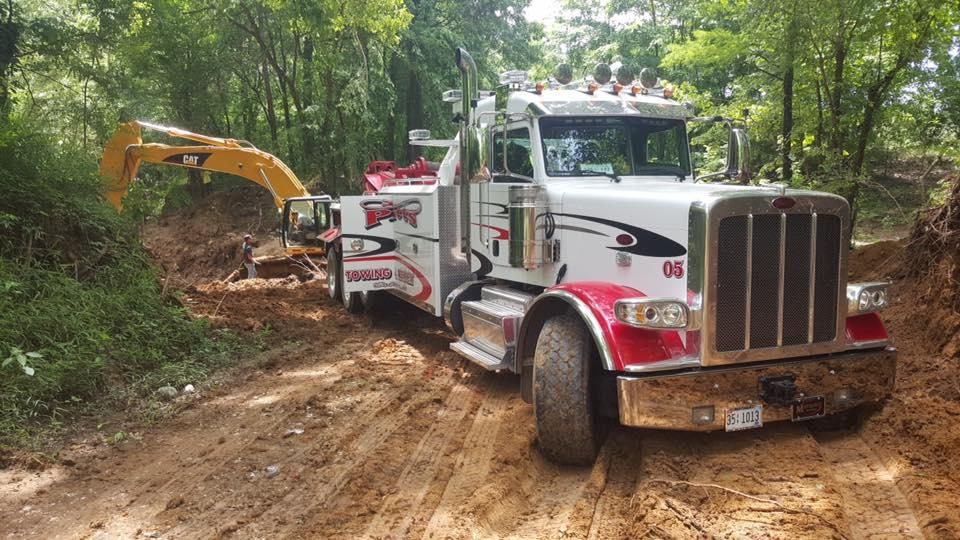 Gene Pitts Towing & Recovery LLC image 1