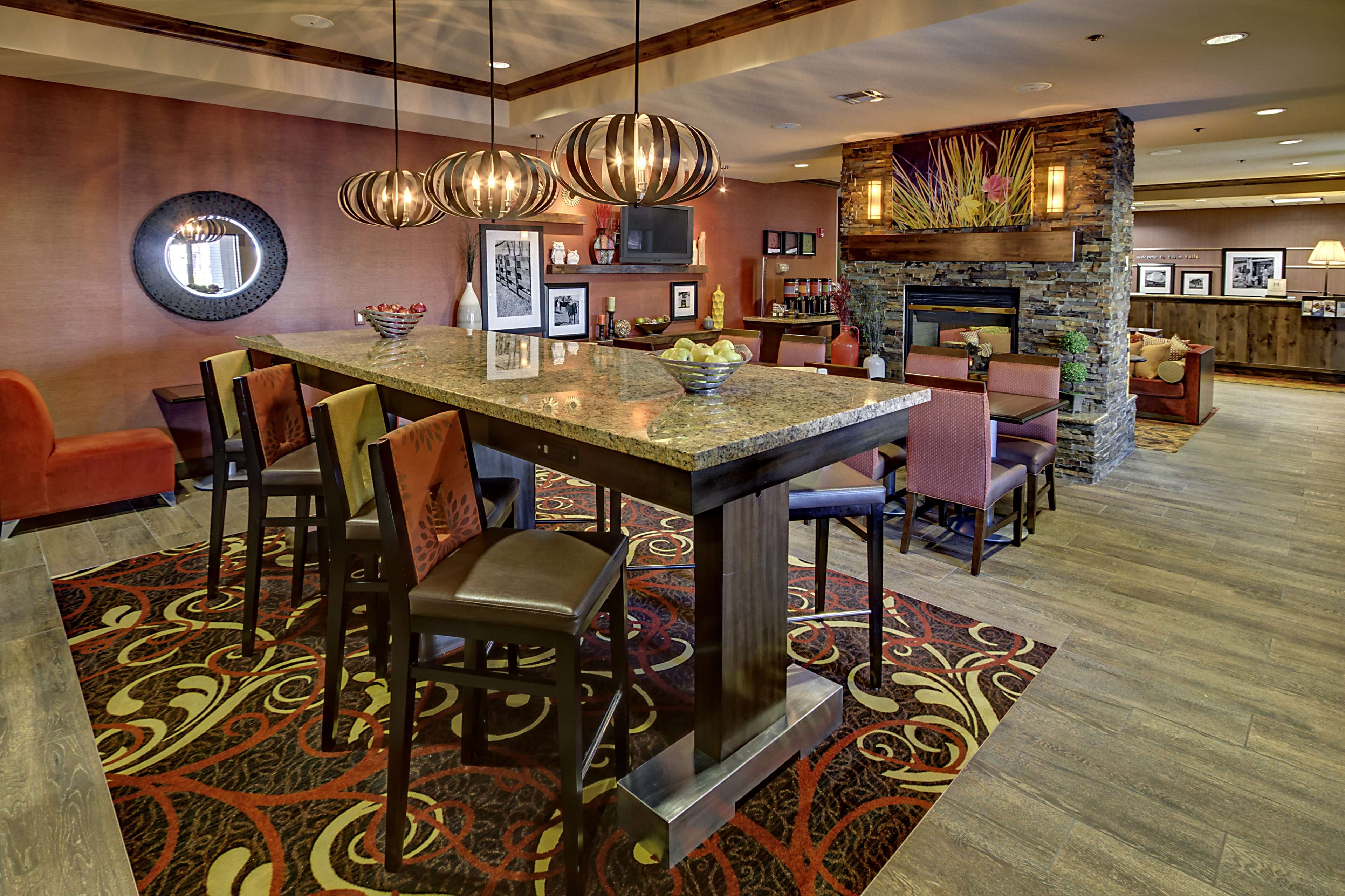 Hampton Inn Twin Falls image 3