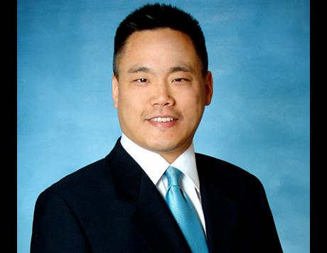 Elite Foot & Ankle: Kellvan Cheng, DPM