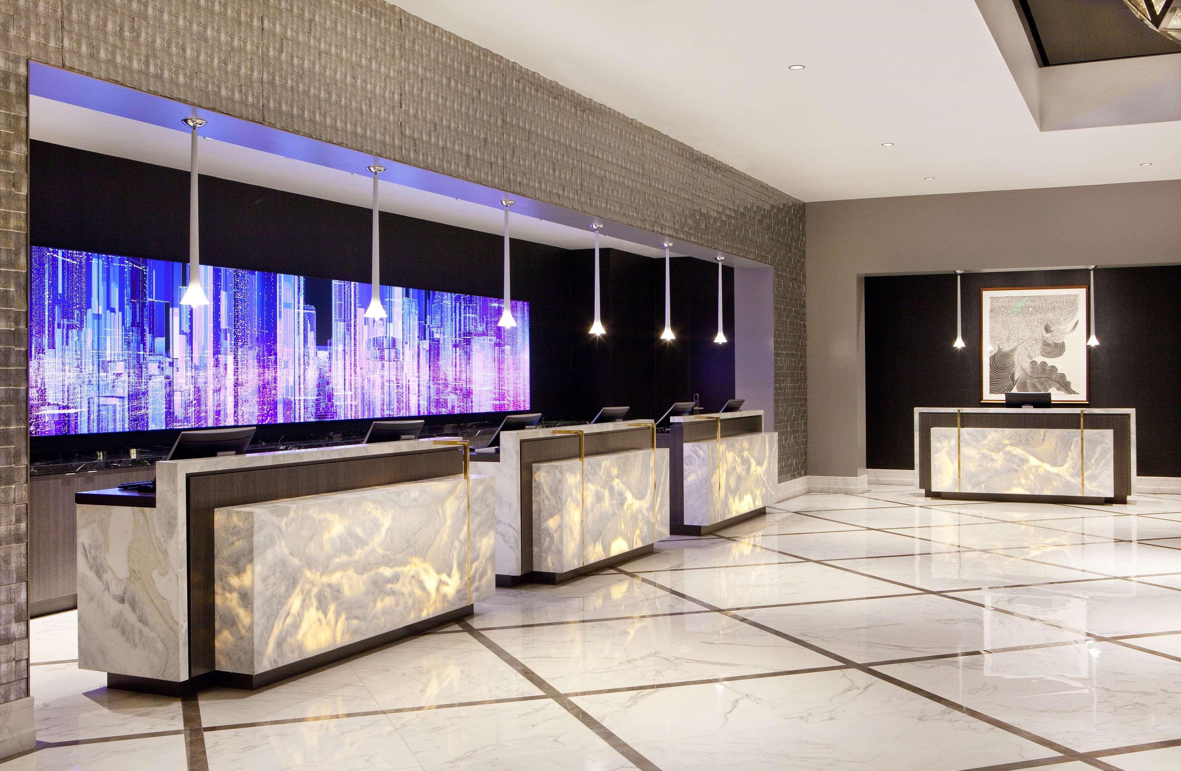 Hilton Miami Downtown image 35