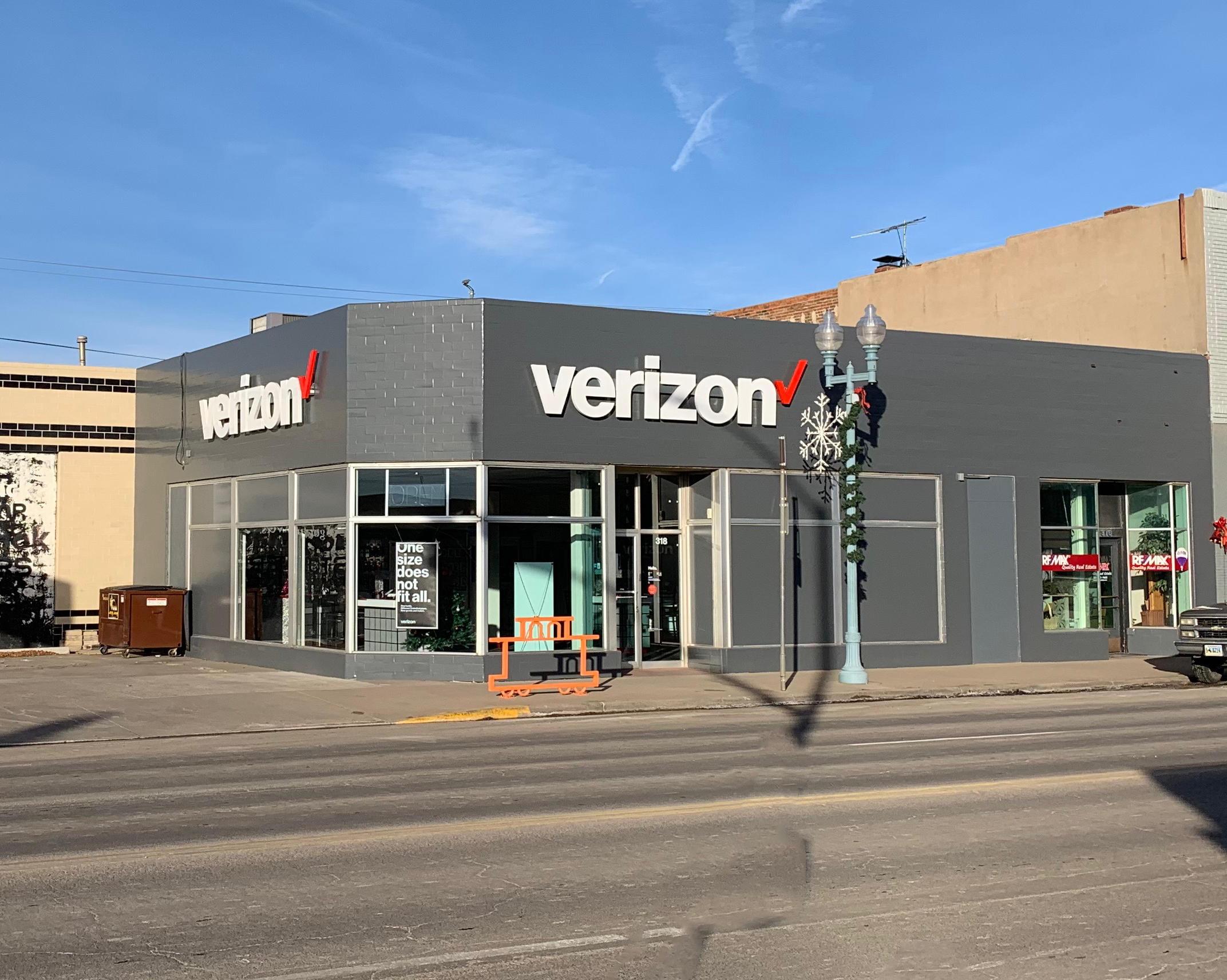 Cellular Plus, Verizon Authorized Retailer image 0