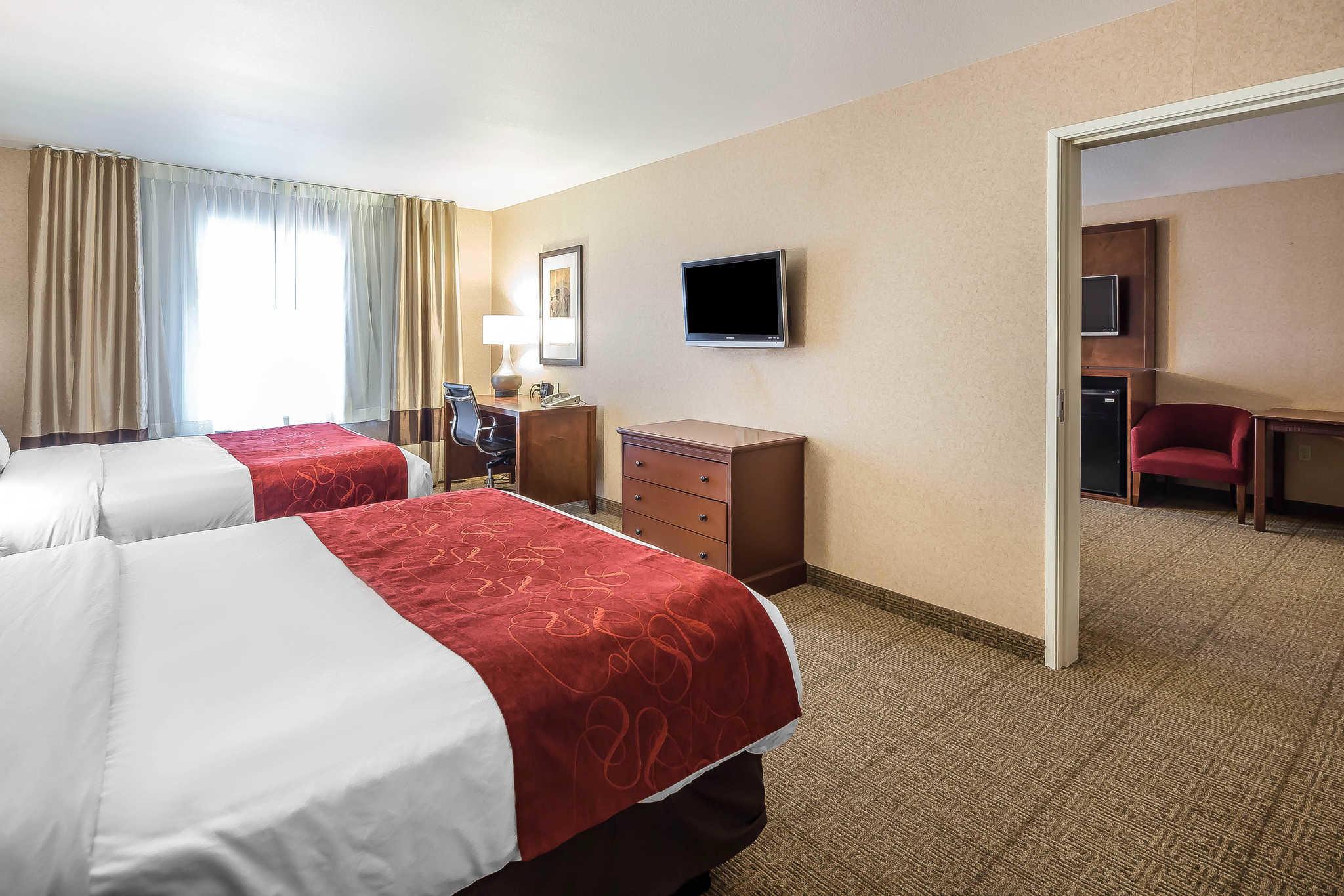Comfort Suites Anchorage International Airport image 18