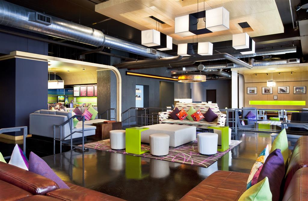 Aloft Charlotte Uptown at the EpiCentre image 15