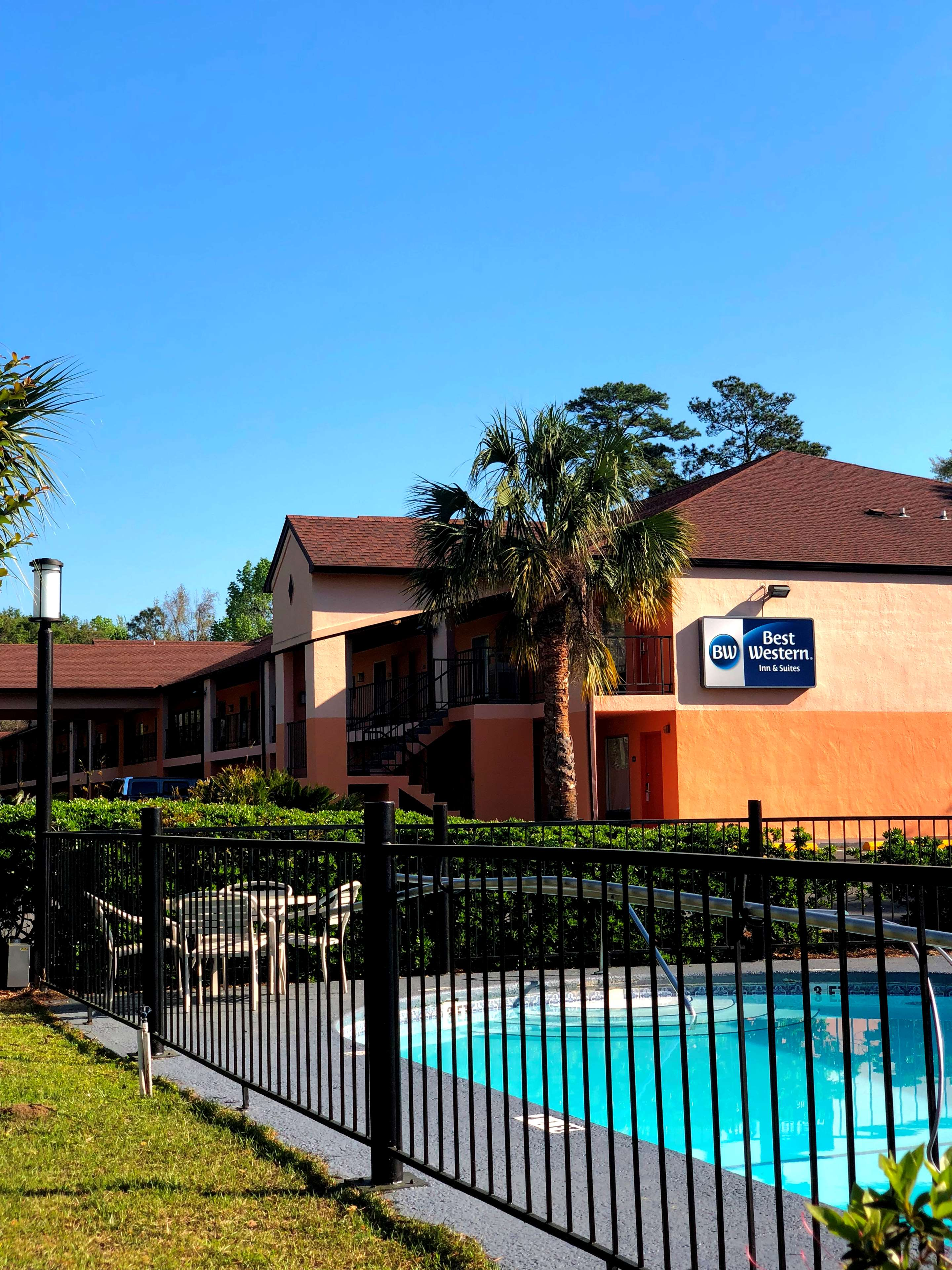 Best Western Tallahassee-Downtown Inn & Suites image 1