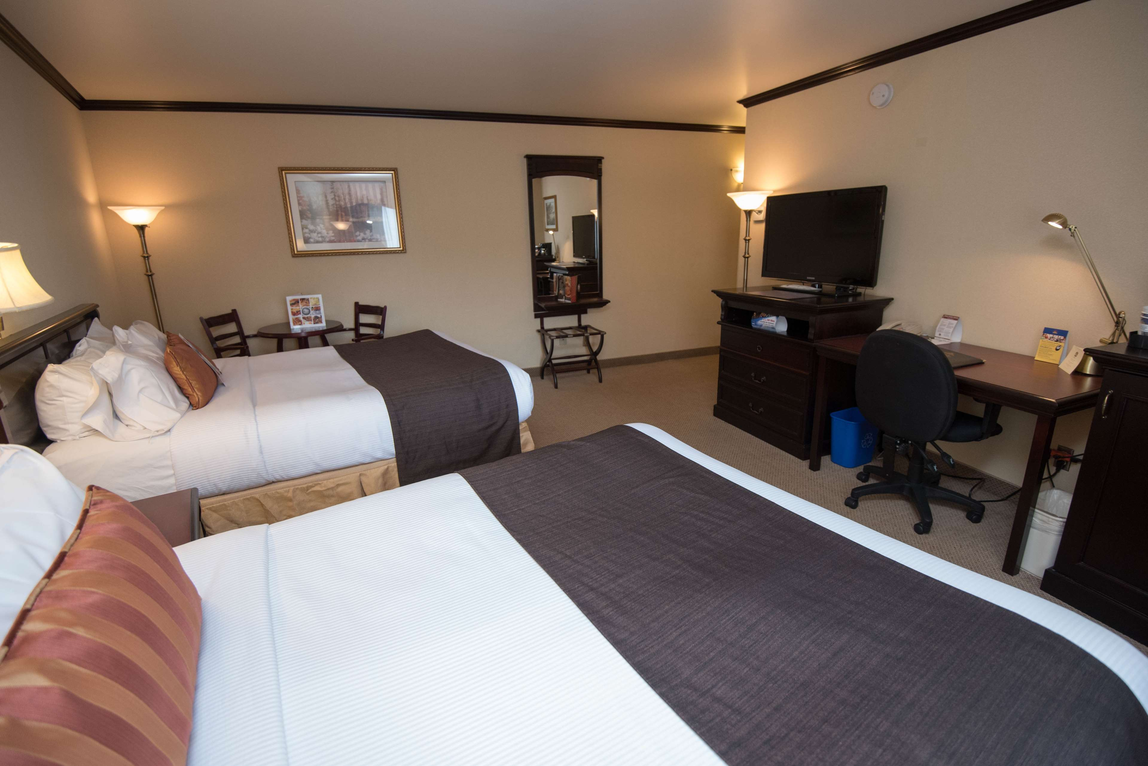 Best Western Plus City Centre/Centre-Ville à Quebec: Traditional Two Queen Guest Room