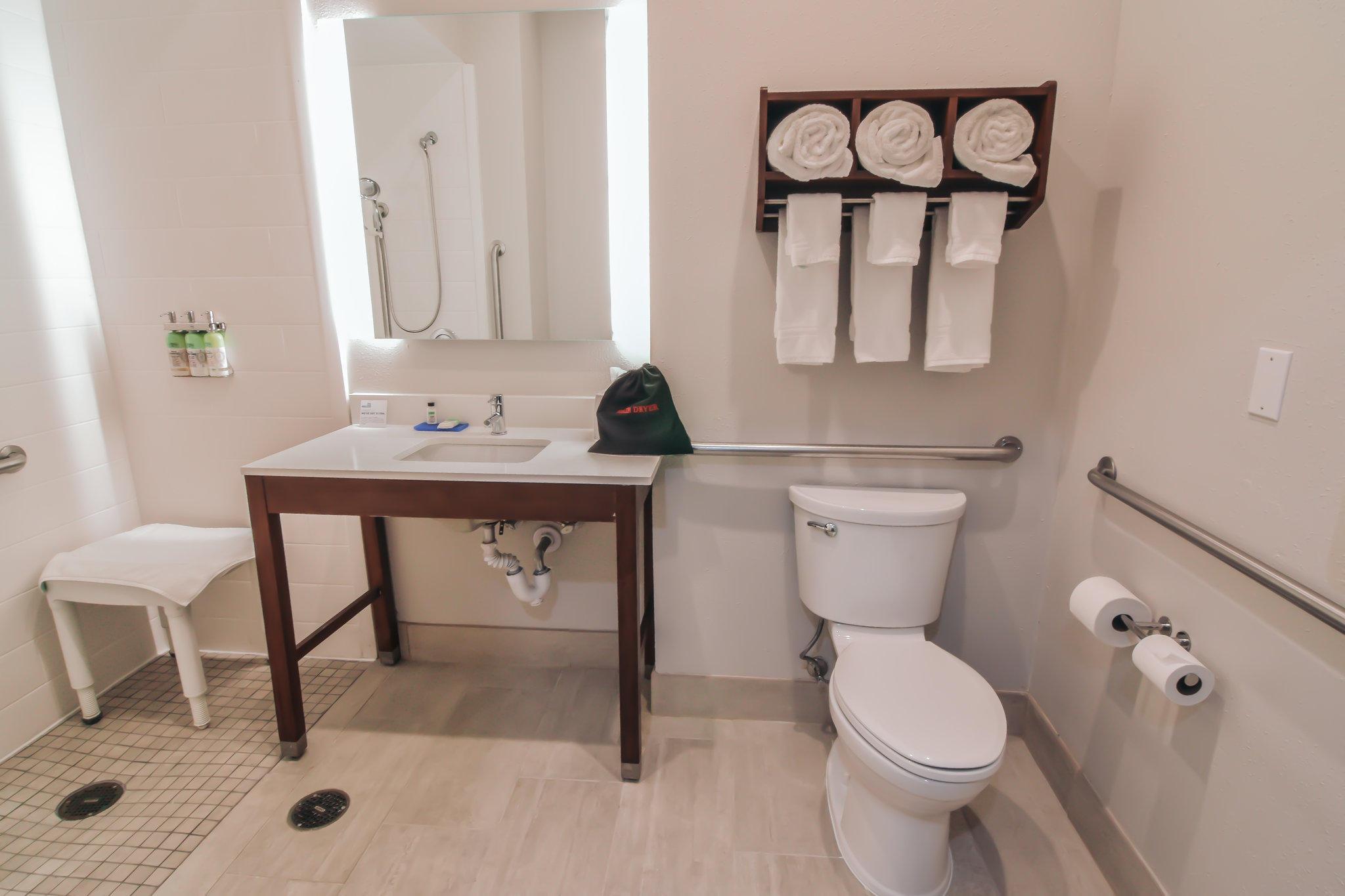 Holiday Inn Express & Suites Indianapolis Northwest