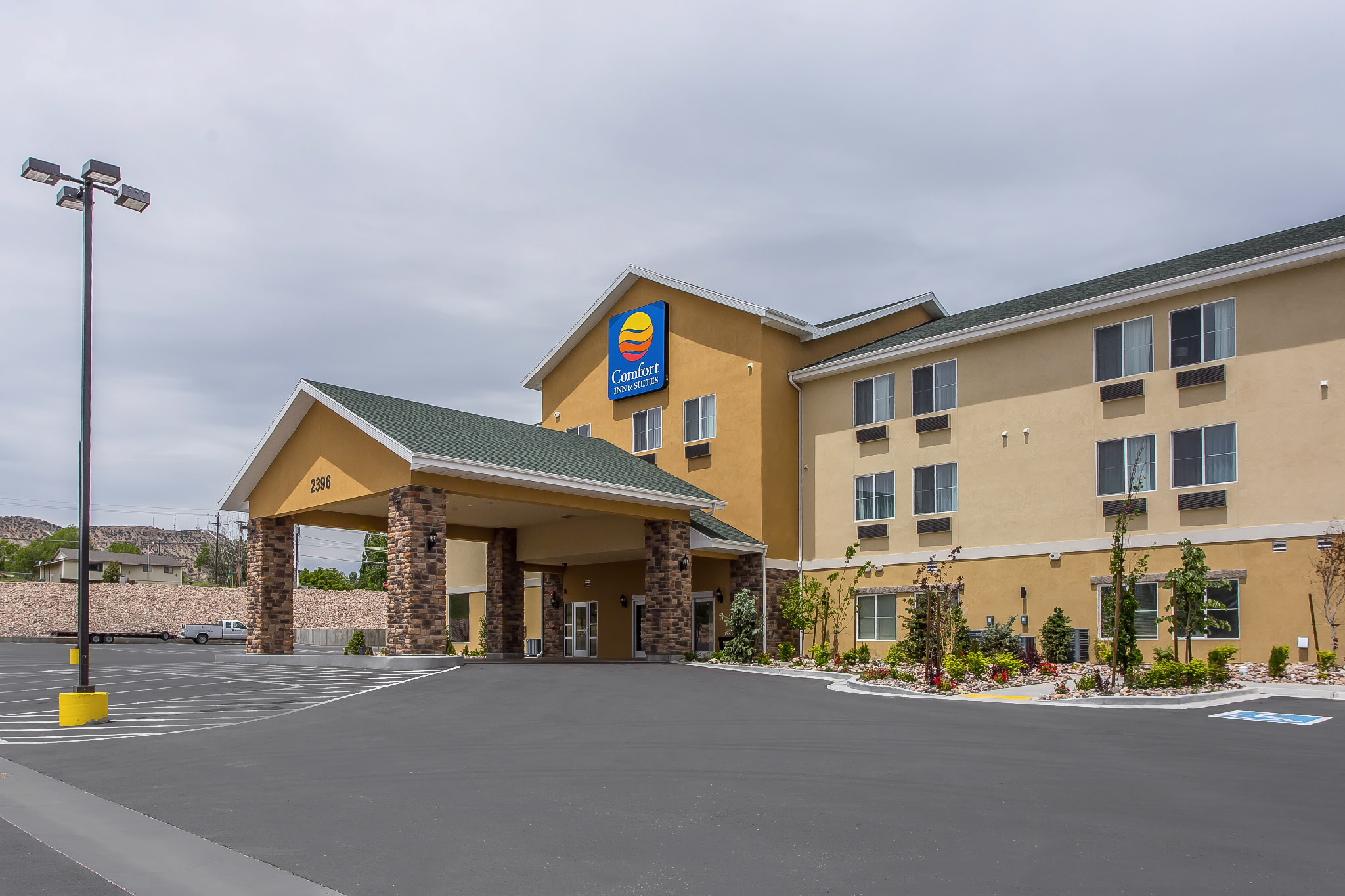 Comfort Inn Amp Suites In Vernal Ut Whitepages