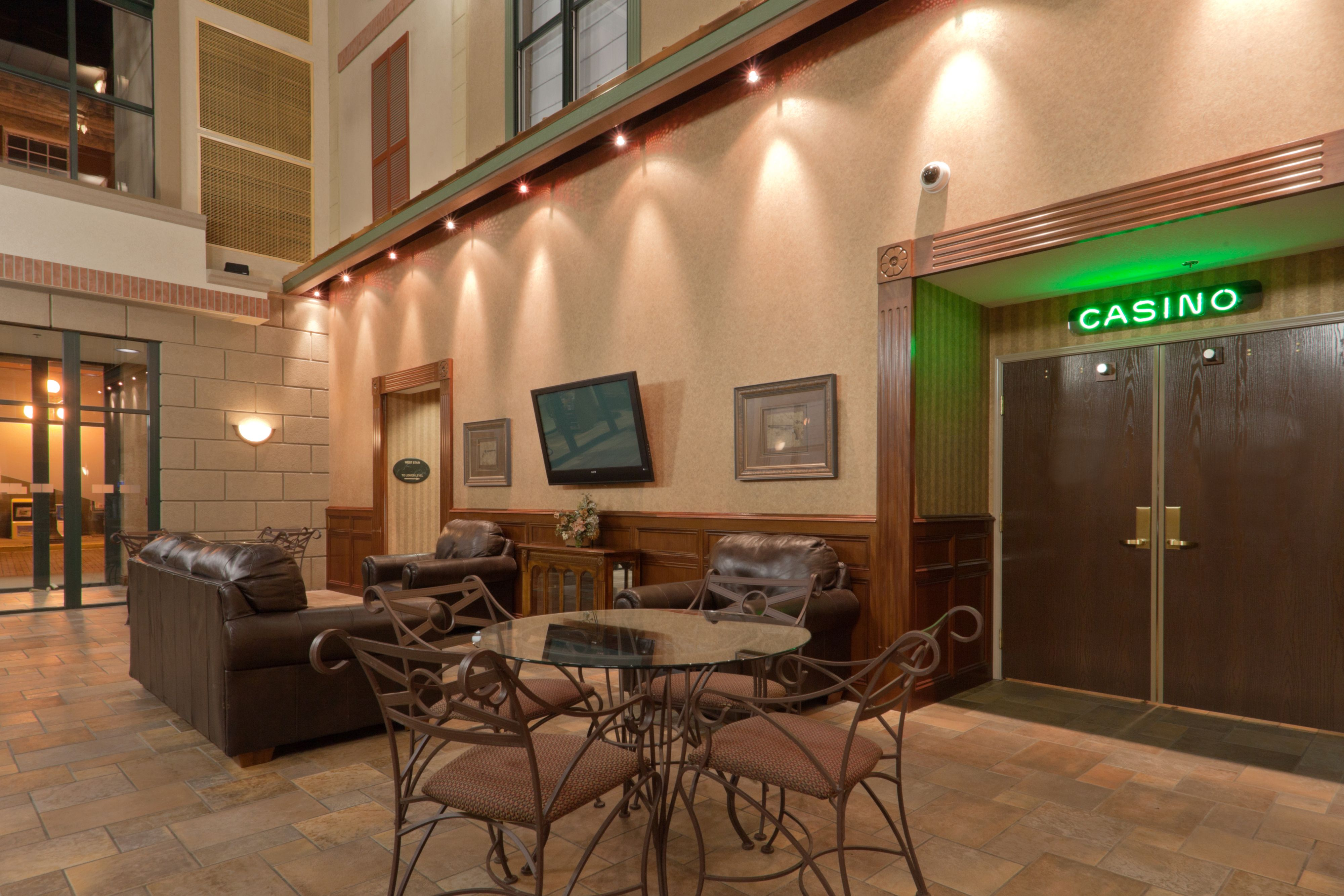 Holiday Inn Express & Suites Deadwood-Gold Dust Casino image 5