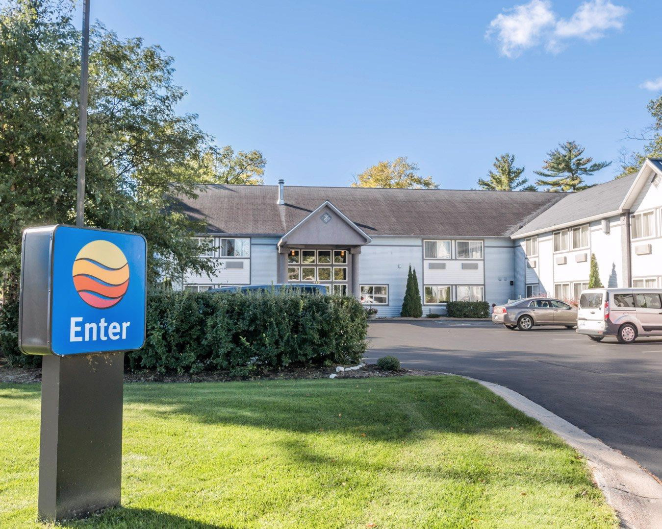 Comfort Inn Traverse City In Traverse City Mi Whitepages