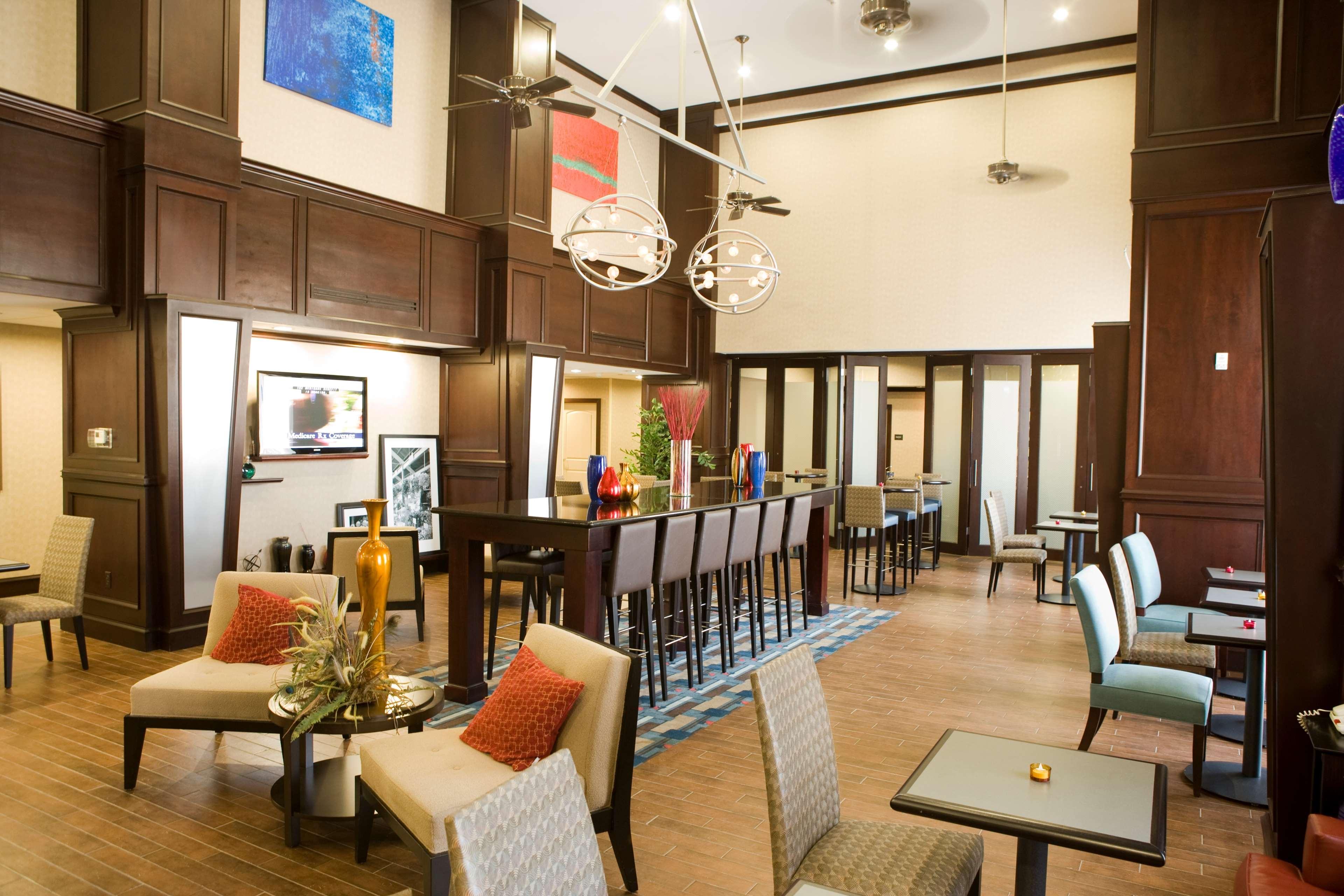 Hampton Inn & Suites Mount Pleasant image 5