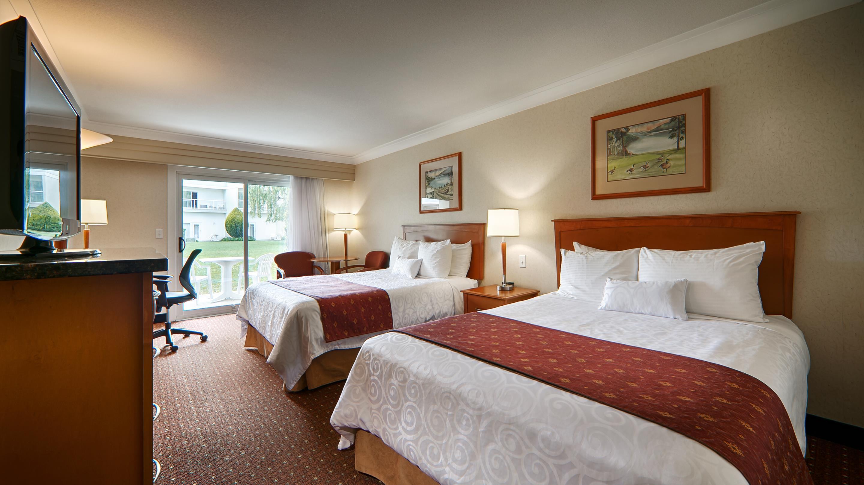 Best Western Plus Kelowna Hotel & Suites in Kelowna: Standard Courtyard Room
