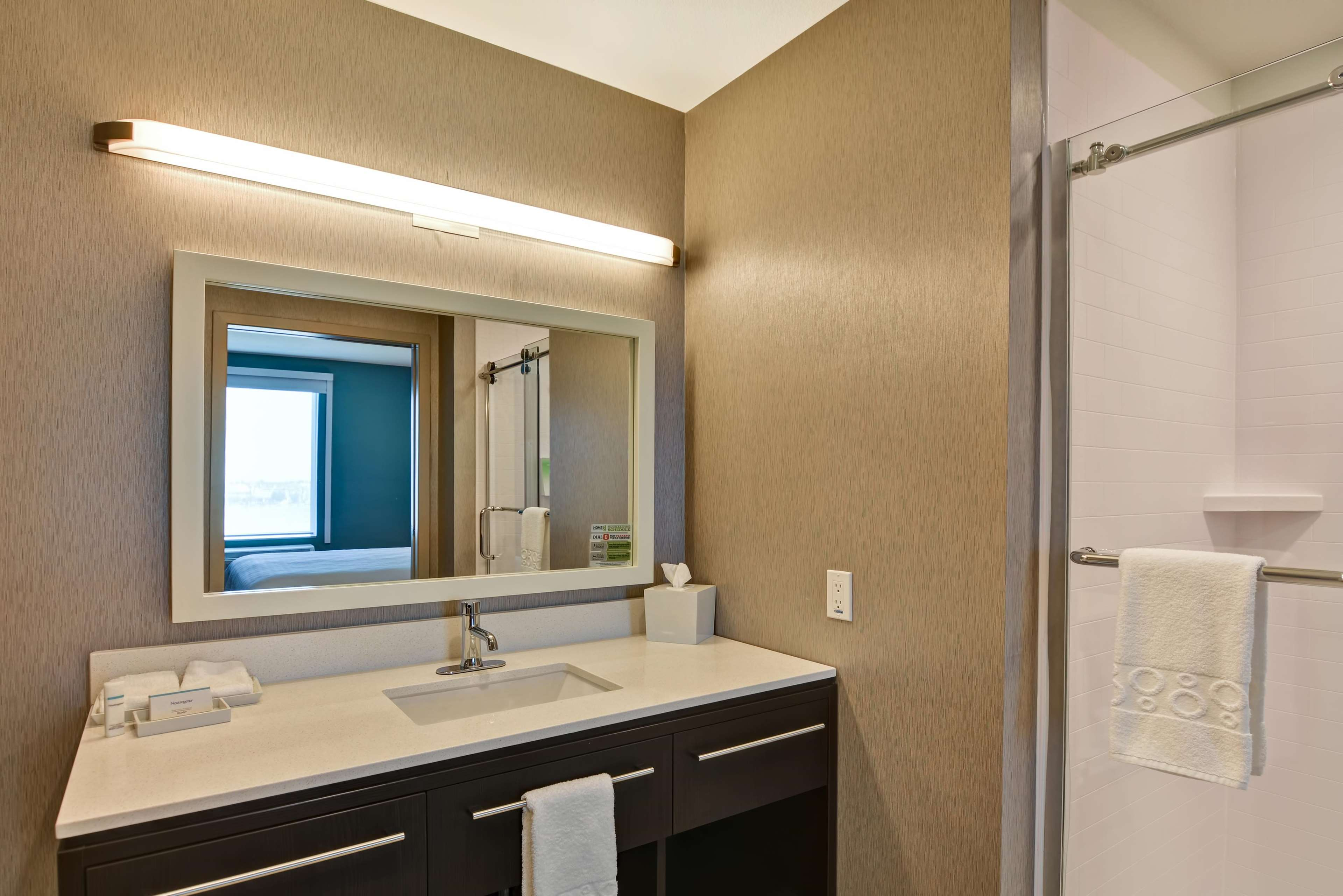 Home2 Suites by Hilton Palmdale image 13