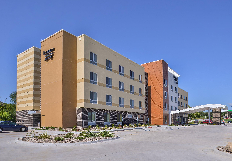 Fairfield Inn & Suites by Marriott St. Joseph image 1