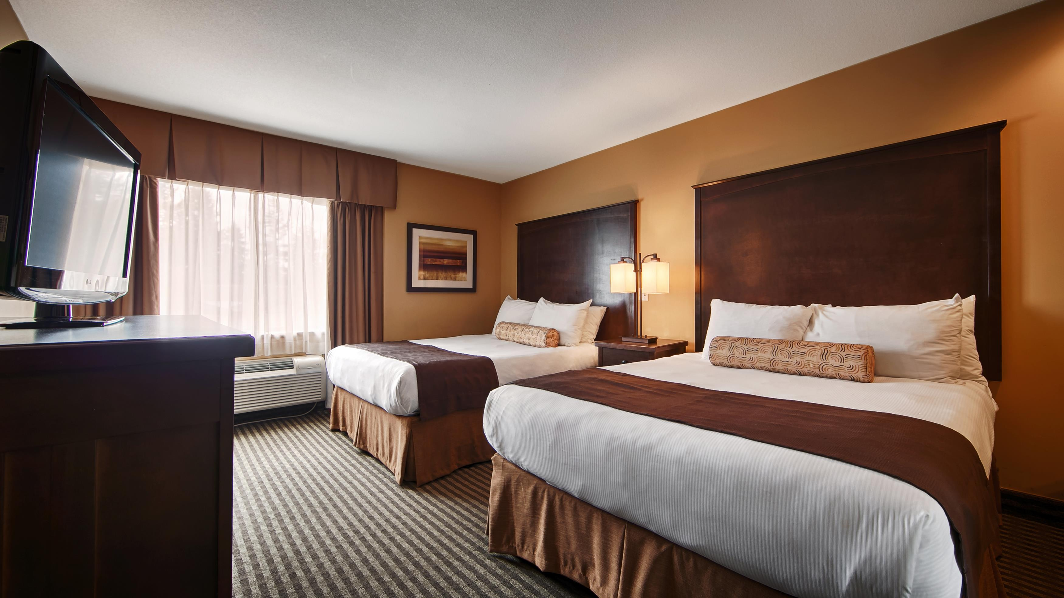 Best Western Maple Ridge Hotel in Maple Ridge: Two Queen Guest Room