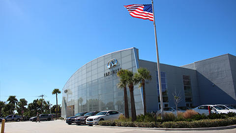 Fort Myers INFINITI image 6