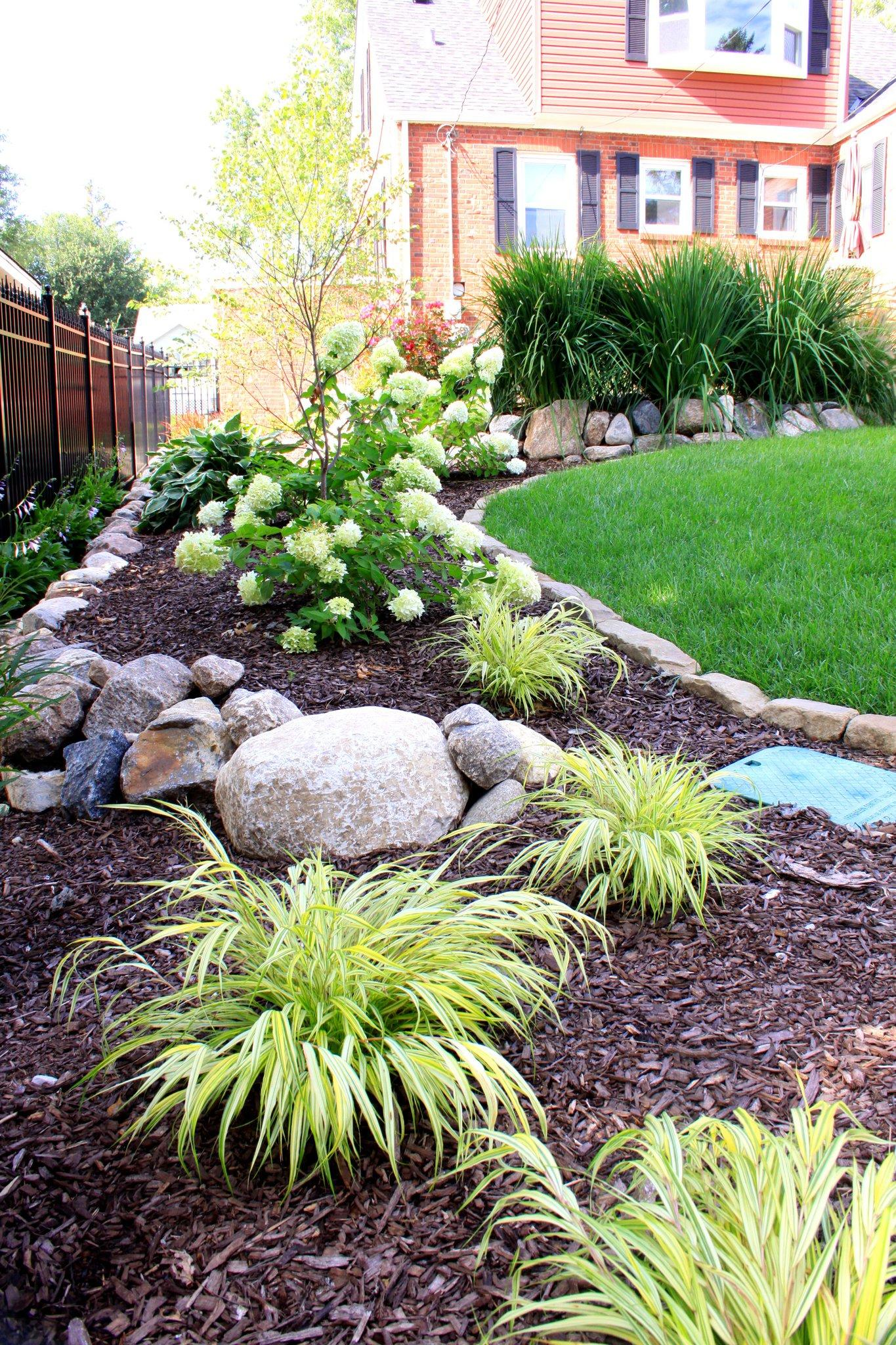 Forest Green Lawn & Landscaping image 13