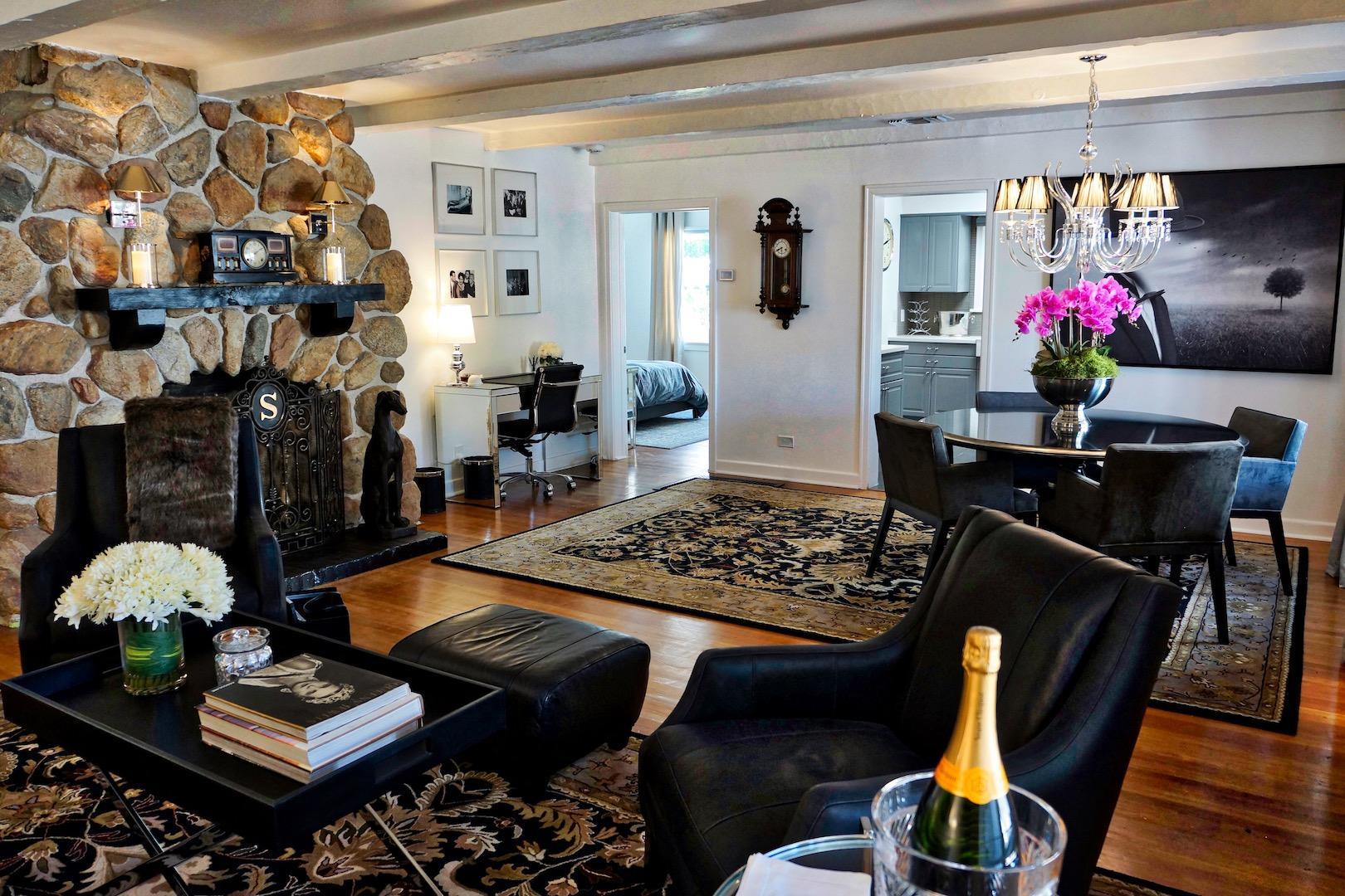 Amin Casa Palm Springs image 1
