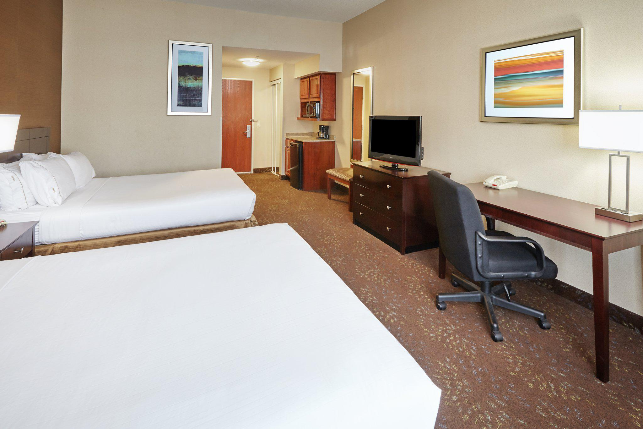 Holiday Inn Express & Suites Grand Rapids - South in Grand Rapids, MI, photo #19