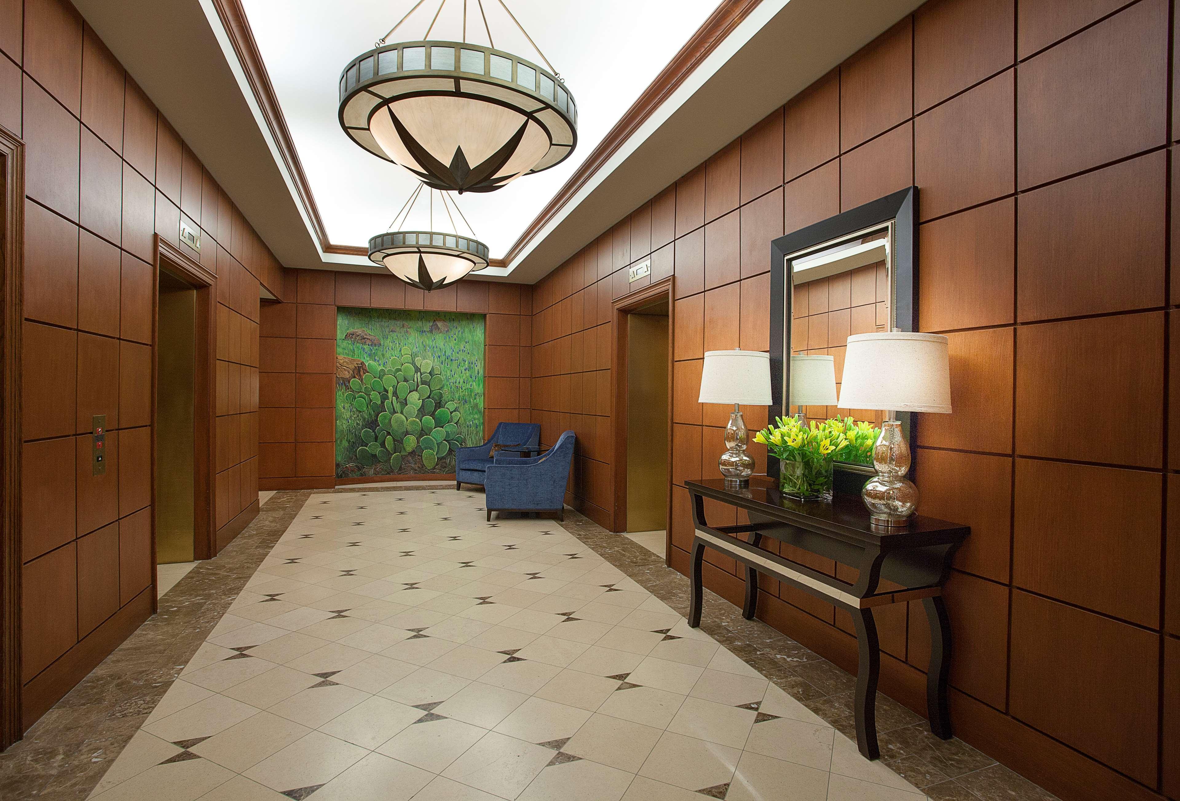 Sheraton Suites Houston Near The Galleria image 28