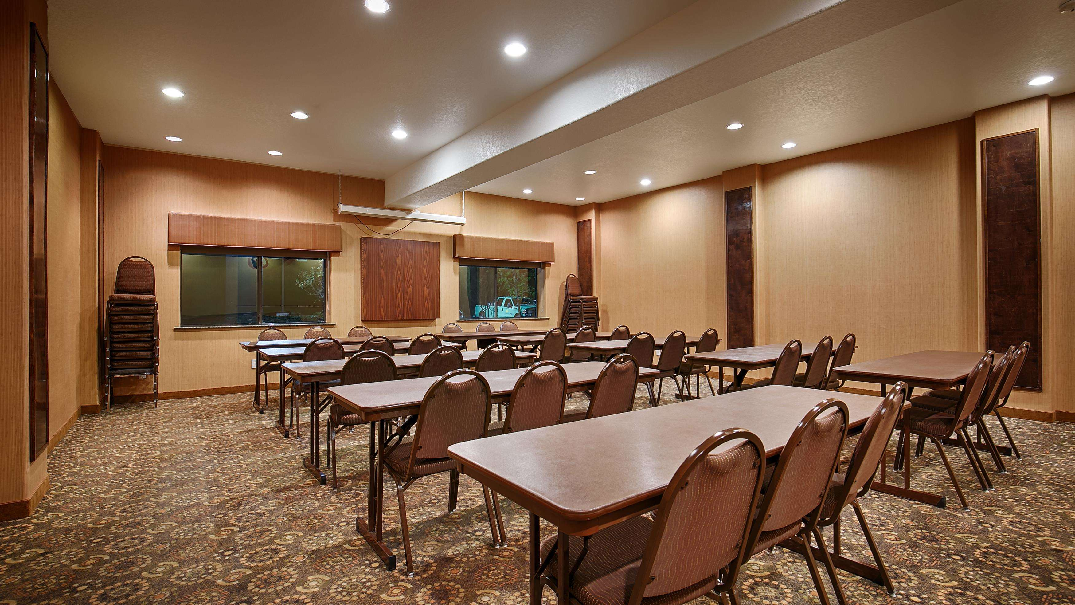 Best Western Plus Palo Alto Inn & Suites image 1
