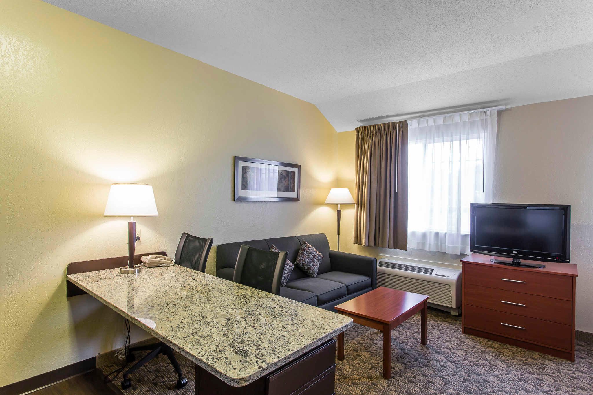 MainStay Suites image 8