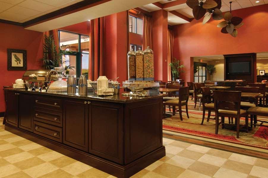 Hampton Inn & Suites Tampa-Wesley Chapel image 14