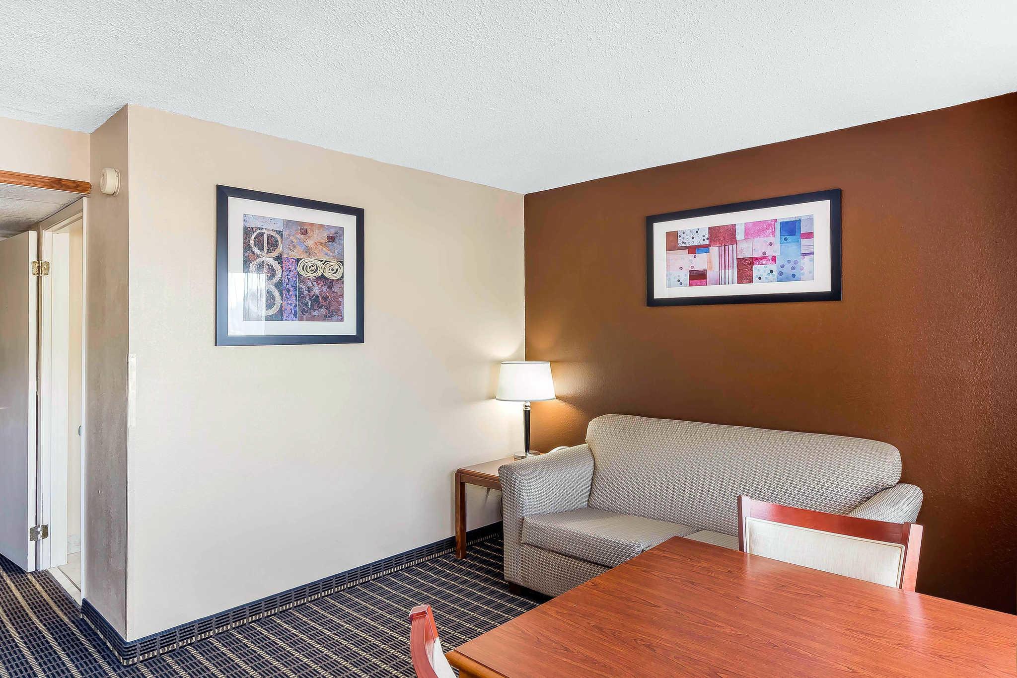 Quality Inn & Suites River Suites image 12