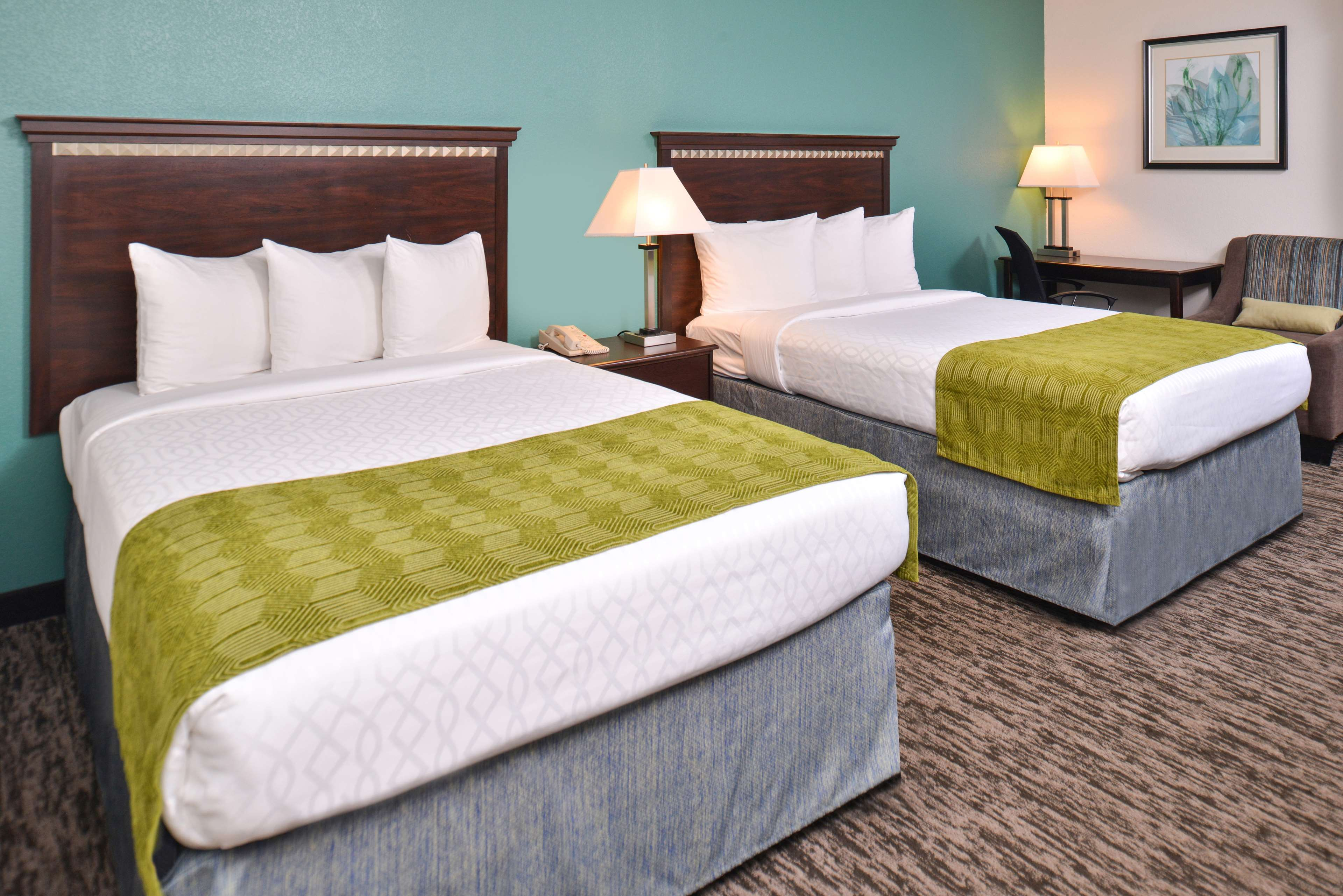 Best Western Plus Chicagoland - Countryside image 23