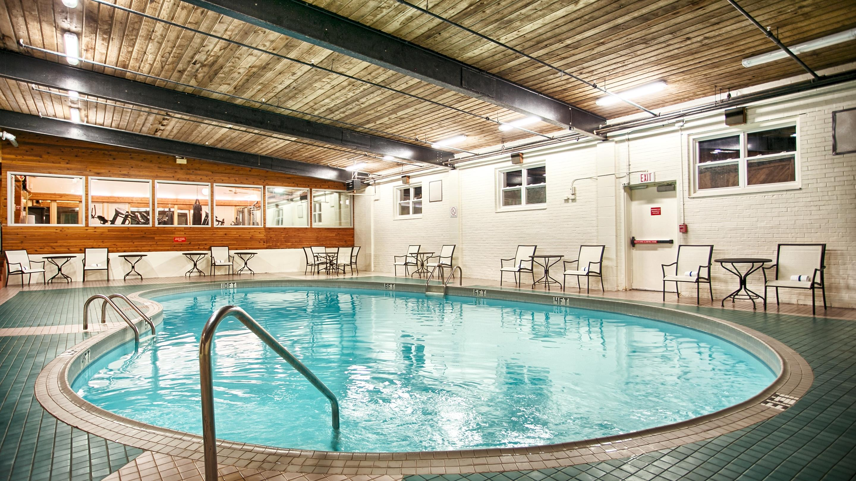 Charlottetown Inn & Conference Centre in Charlottetown: Indoor Pool