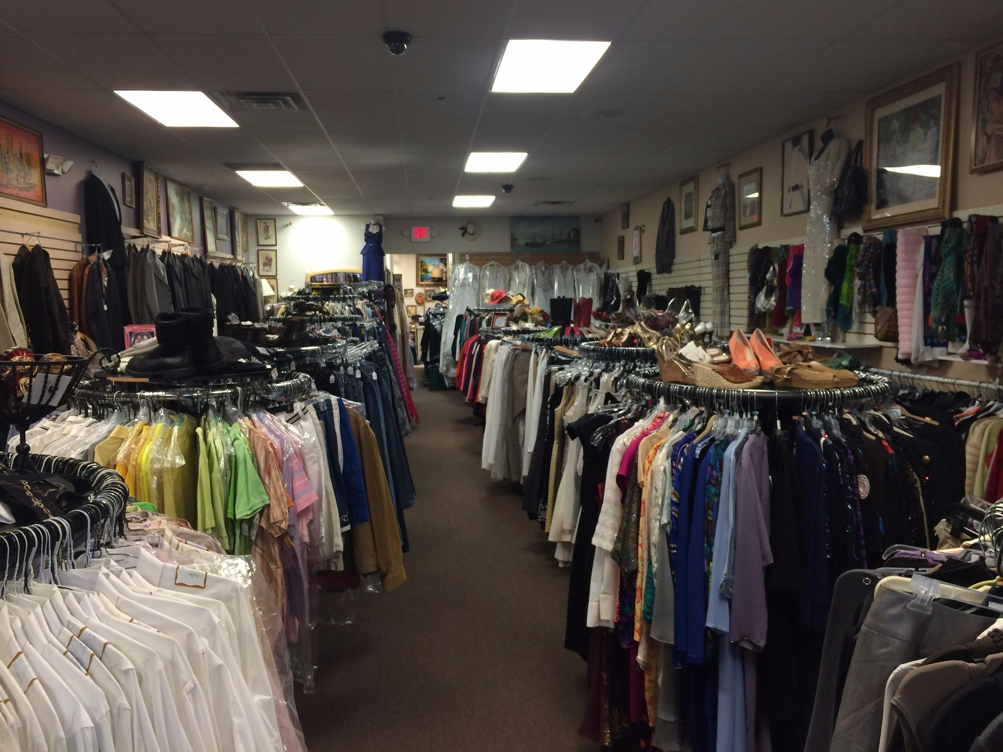 Fashion bazaar consignment boutique in shelby twp mi for High end consignment shops