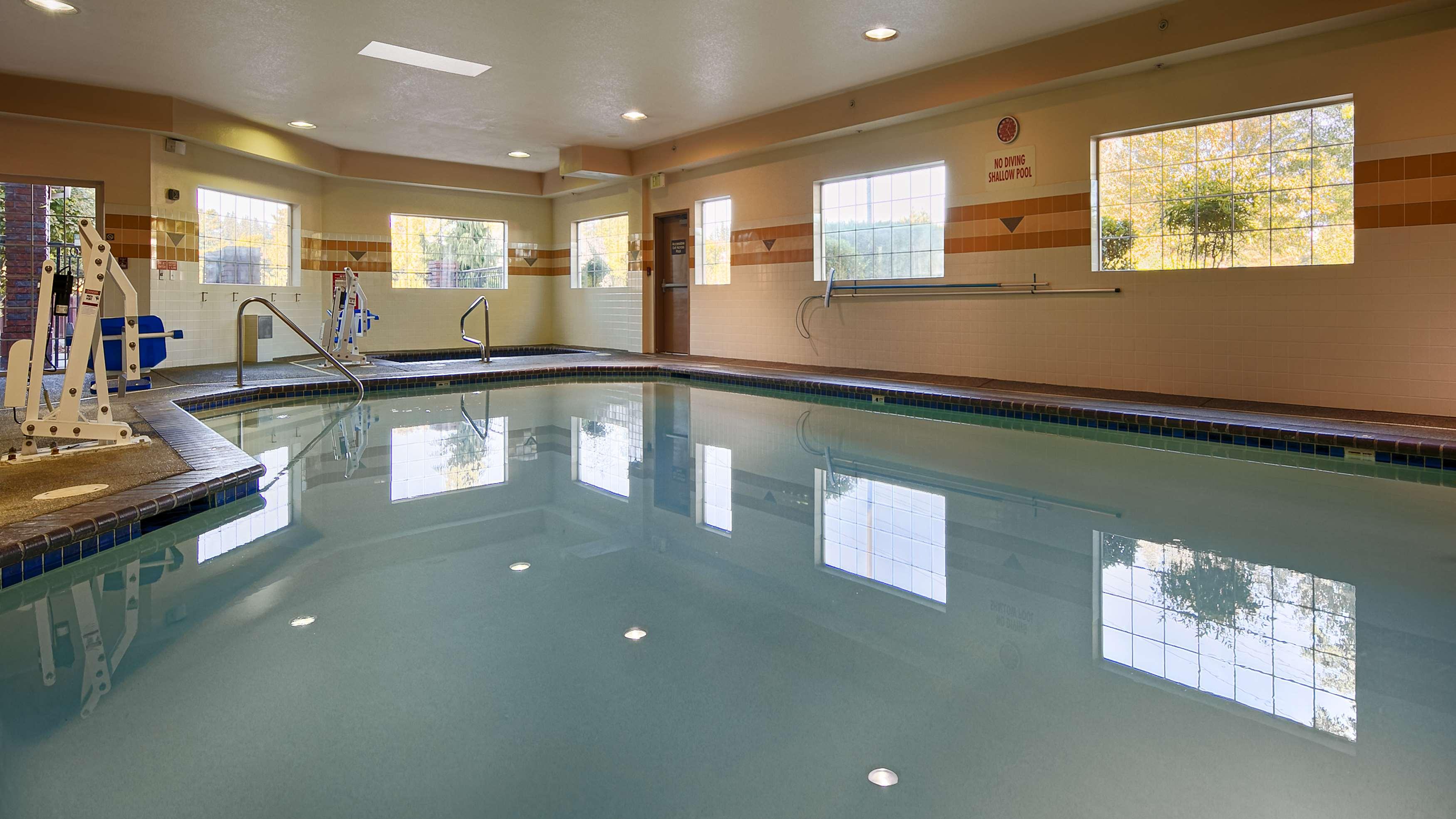 Best Western Plus Northwind Inn & Suites image 16