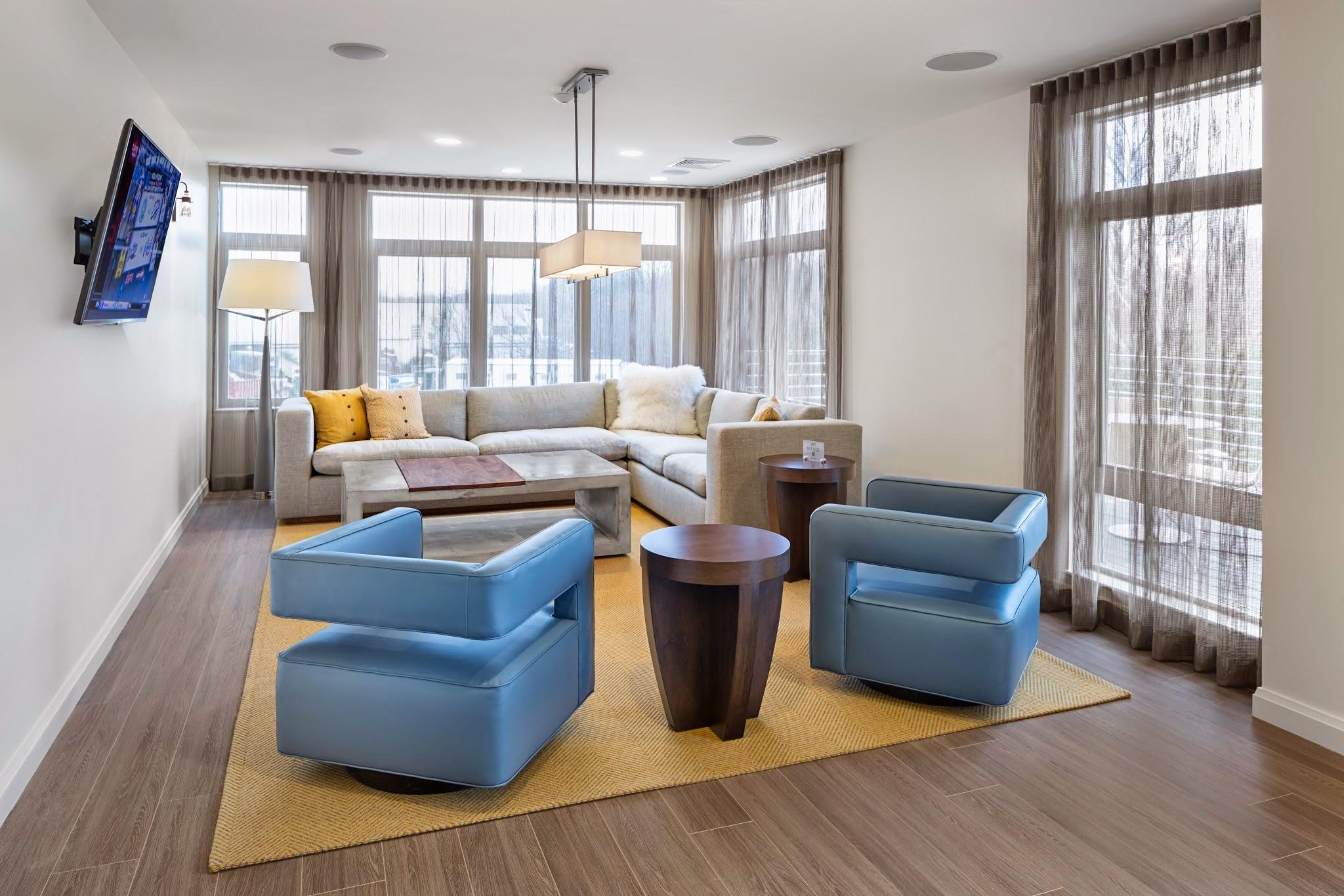 Clayborne Apartments image 8