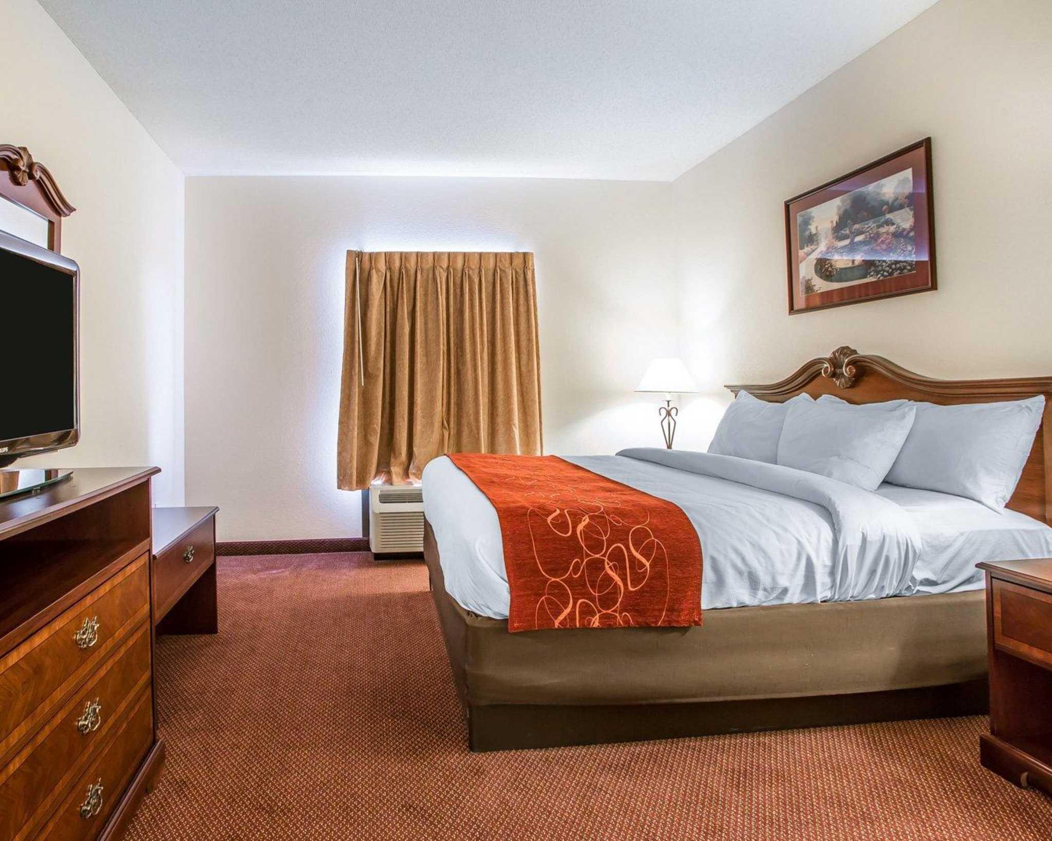 Comfort Suites Jefferson City image 26