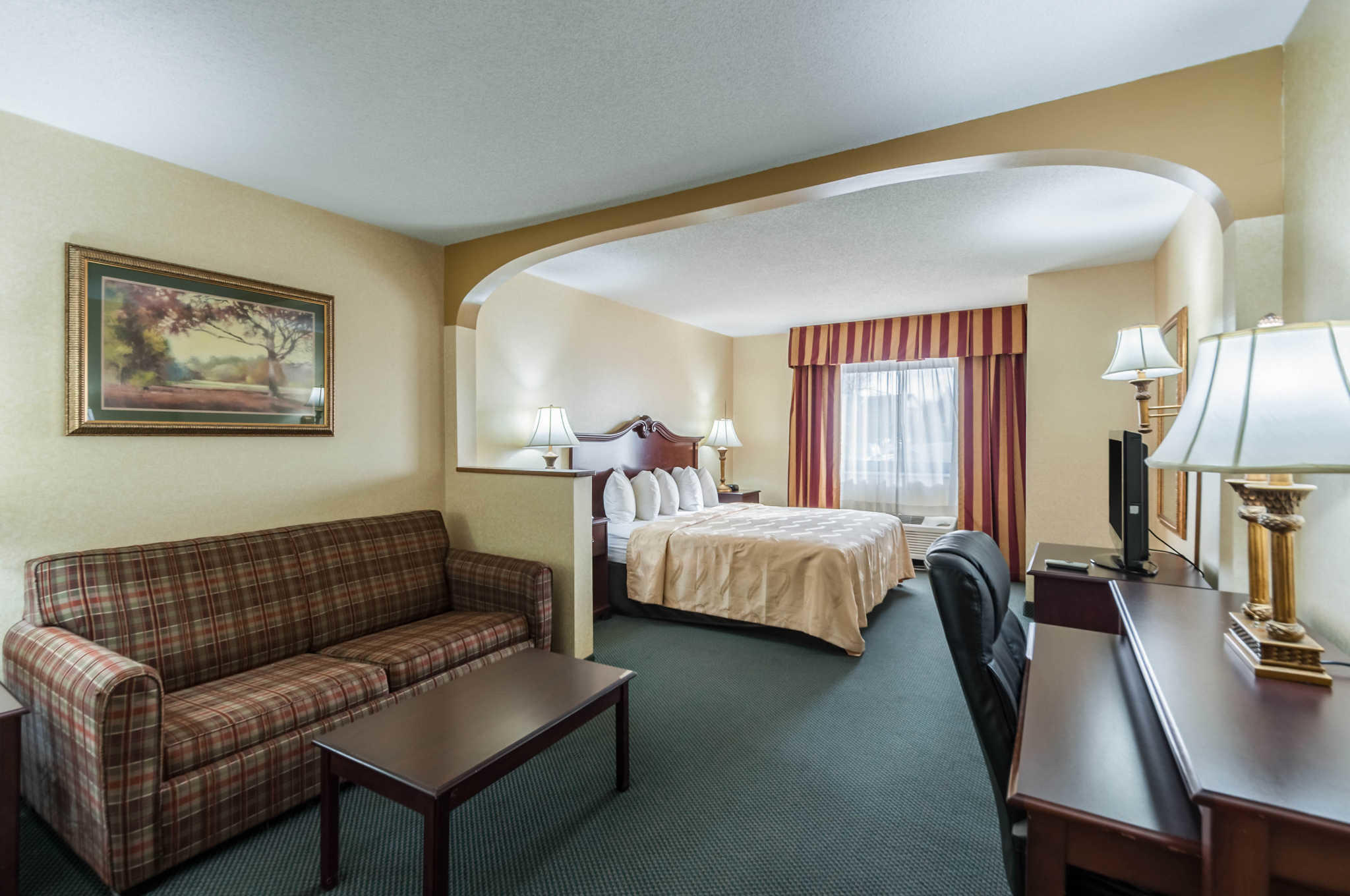 Quality Suites image 0