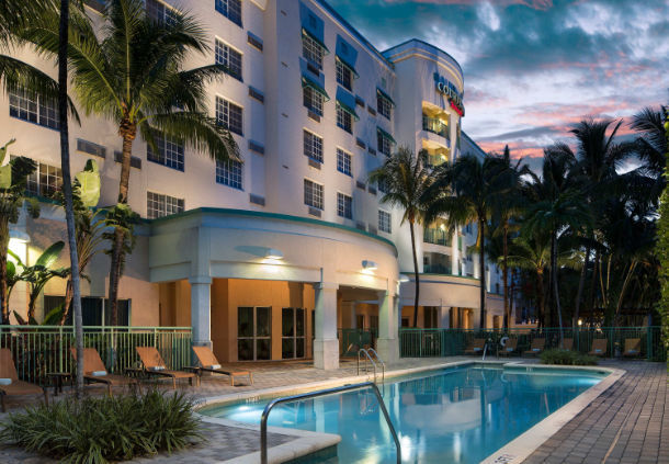 Courtyard by Marriott Fort Lauderdale Airport & Cruise Port image 12