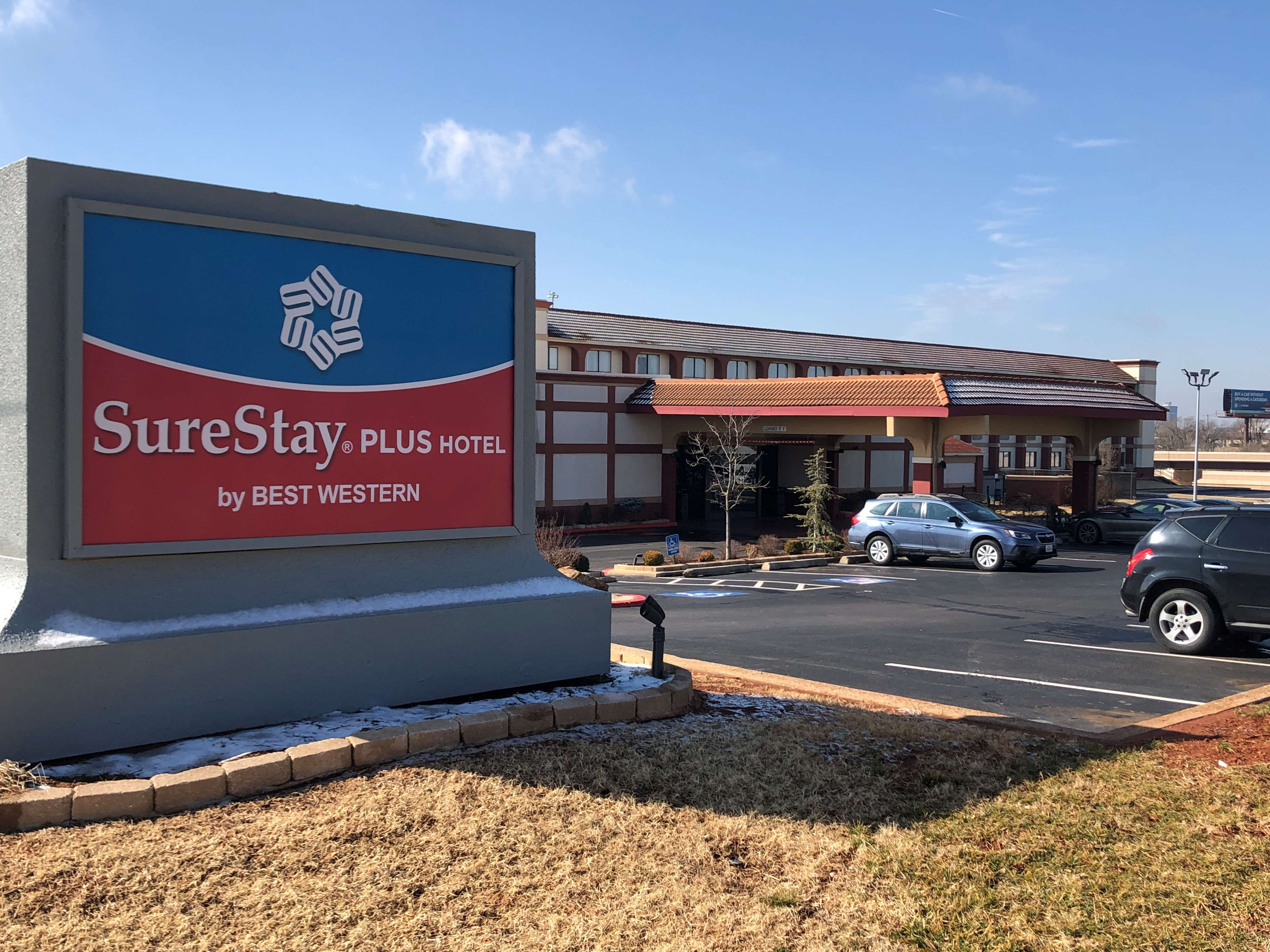 SureStay Plus Hotel by Best Western Oklahoma City North image 0
