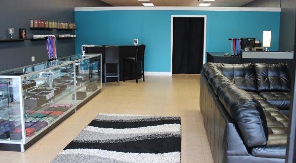 Diamond Tek Vapor Lounge image 1