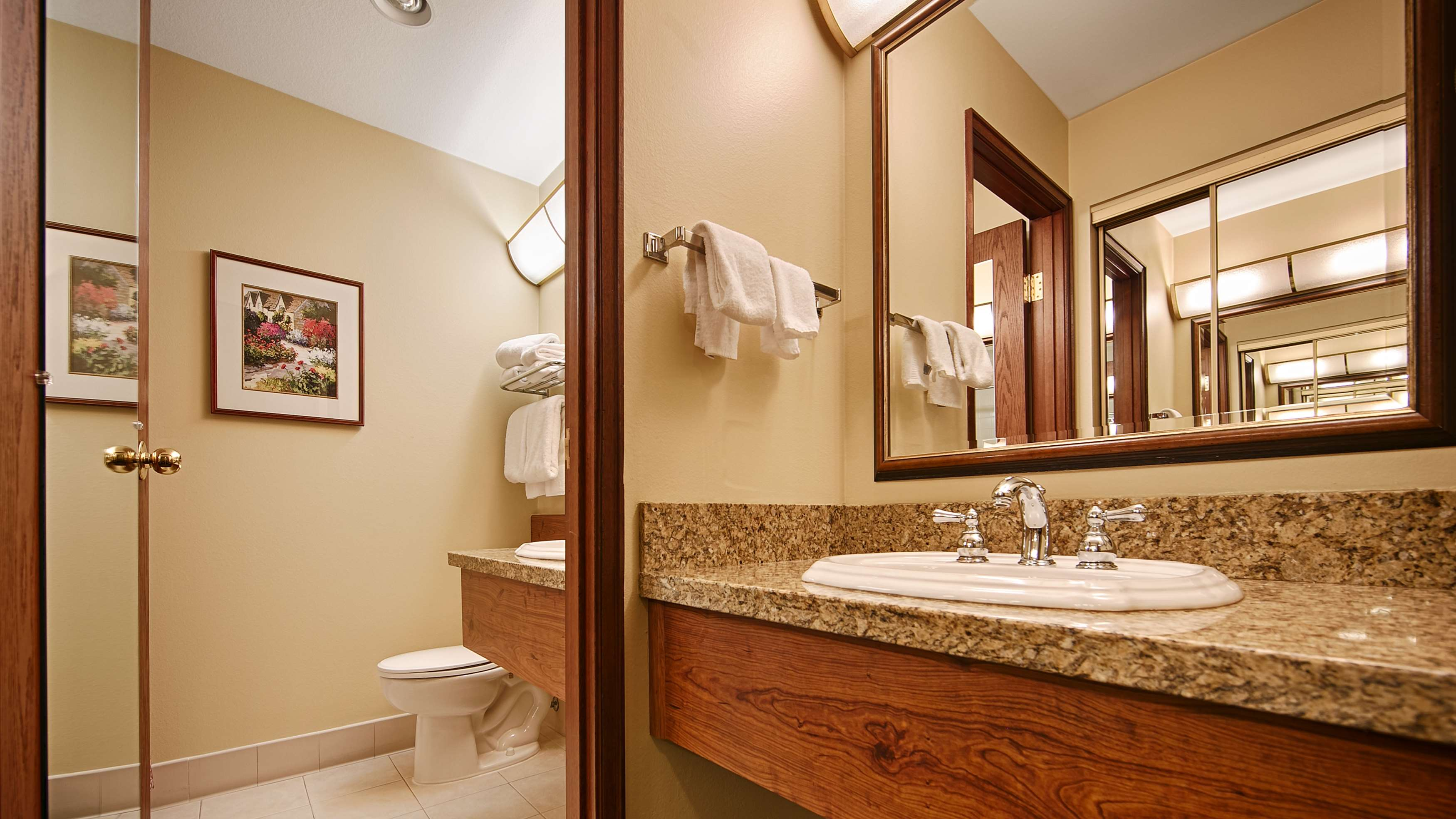 Best Western Plus Gold Country Inn image 21