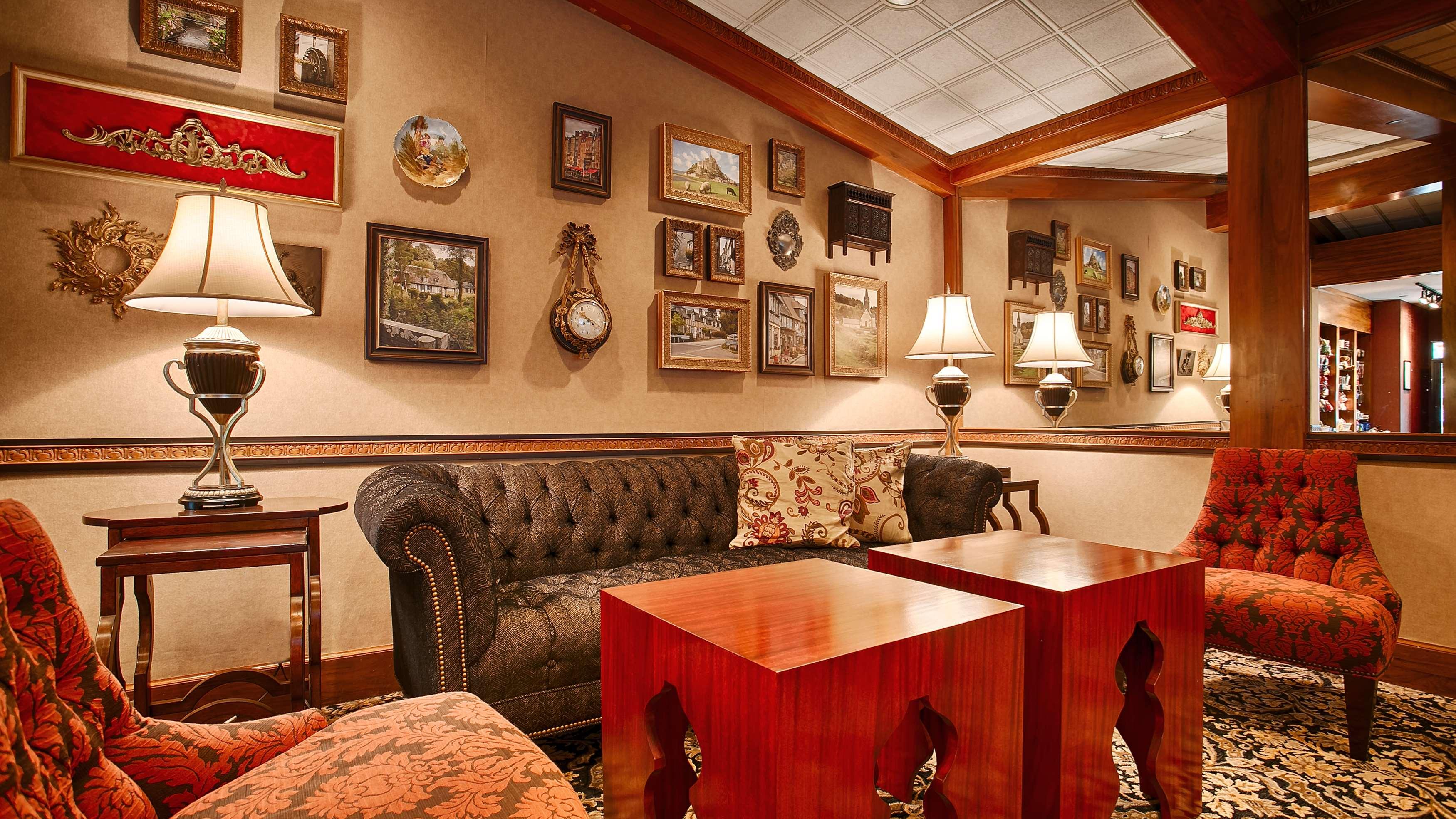 Best Western Plus The Normandy Inn & Suites image 3