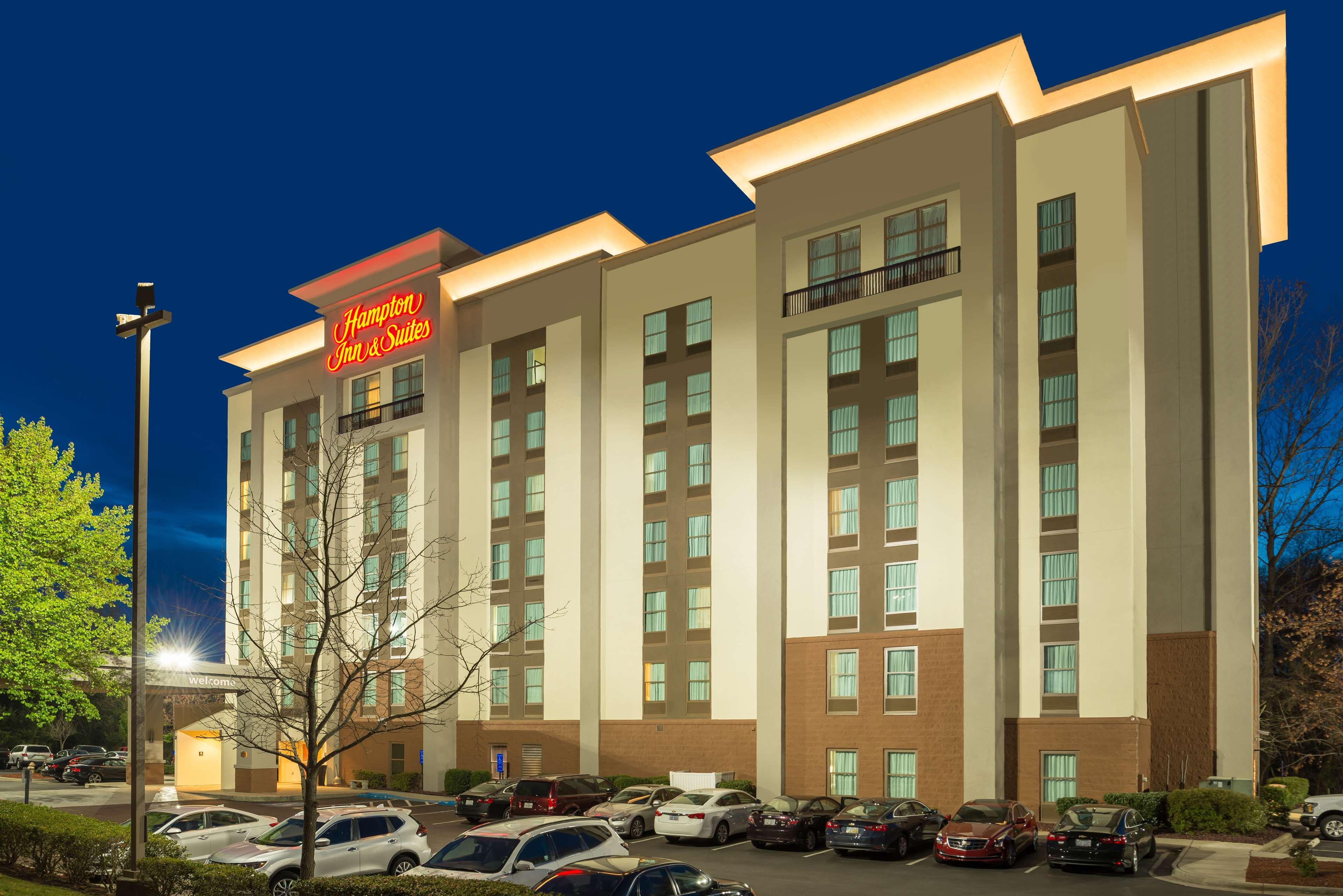 Hampton Inn & Suites Charlotte-Arrowood Rd. image 0