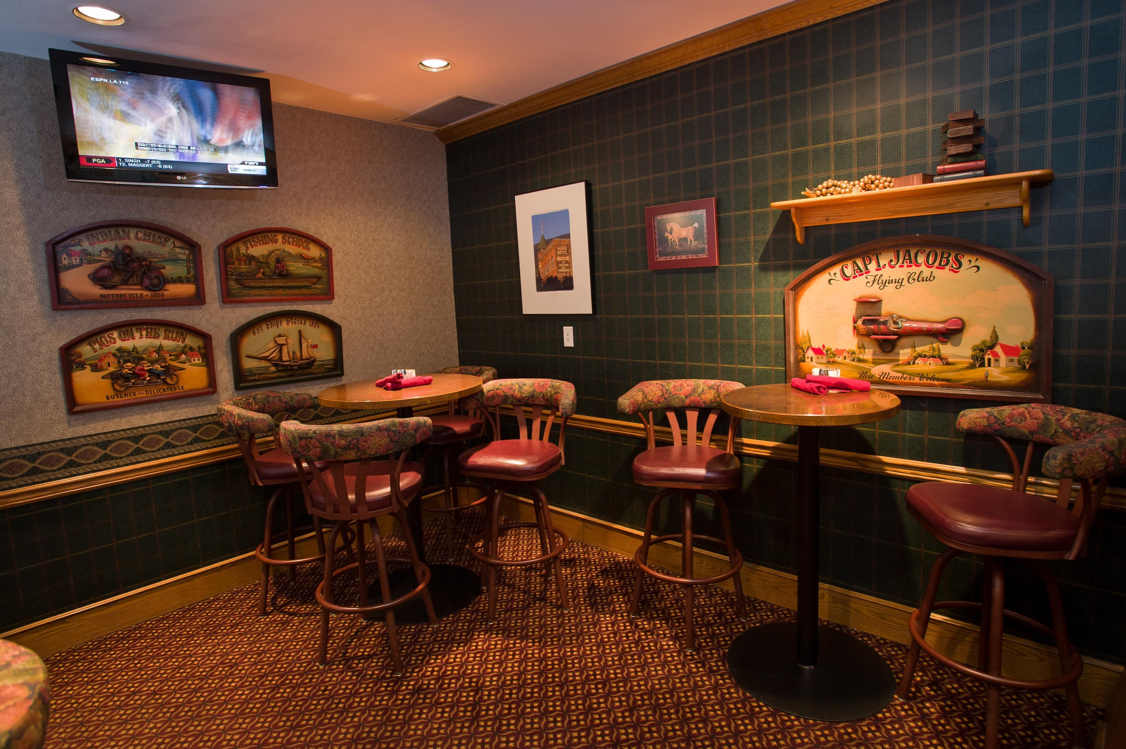Best Western Plus Baker Street Inn & Convention Centre in Nelson: The Baker Street Grill