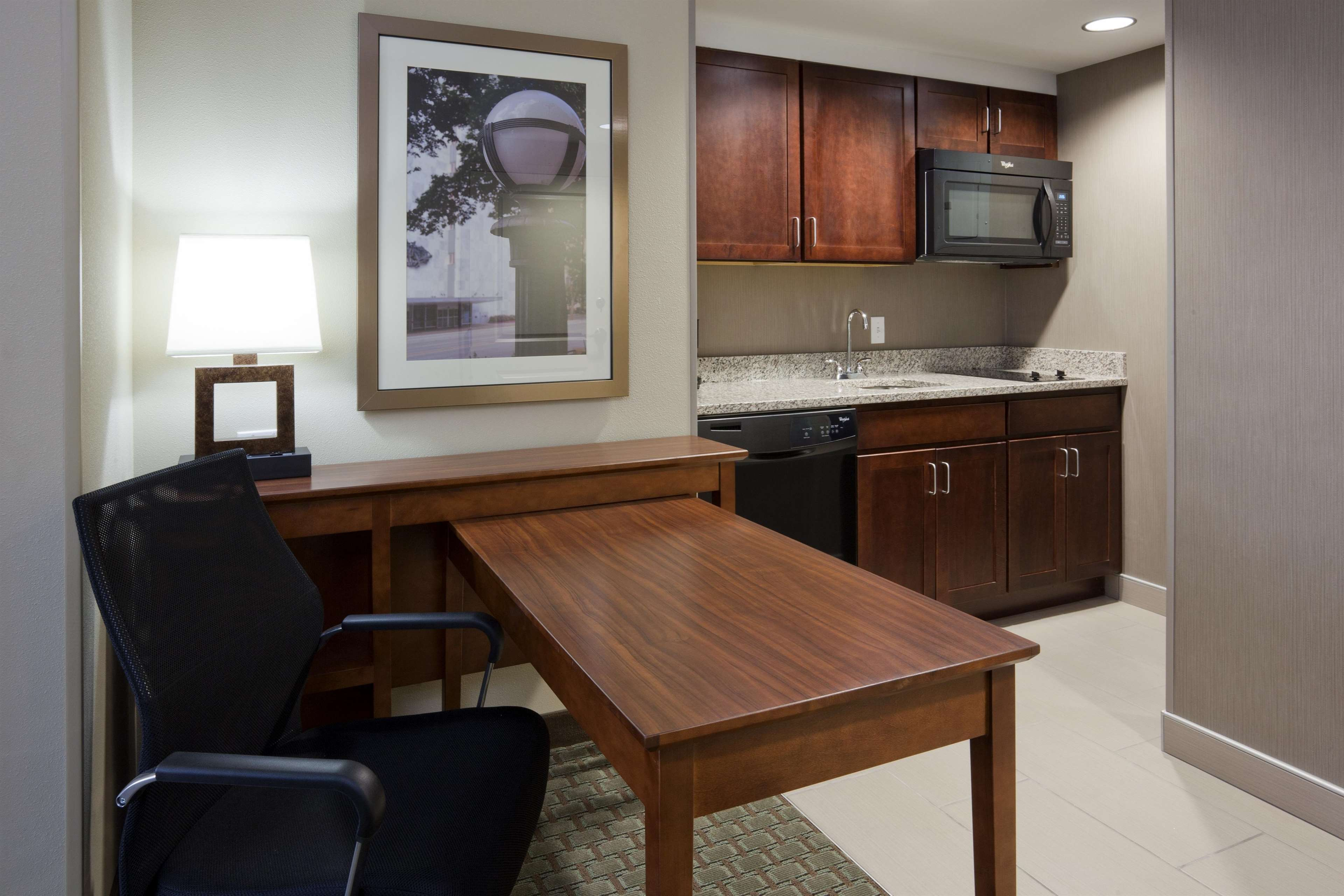 Homewood Suites by Hilton Rochester Mayo Clinic Area/ Saint Marys image 10