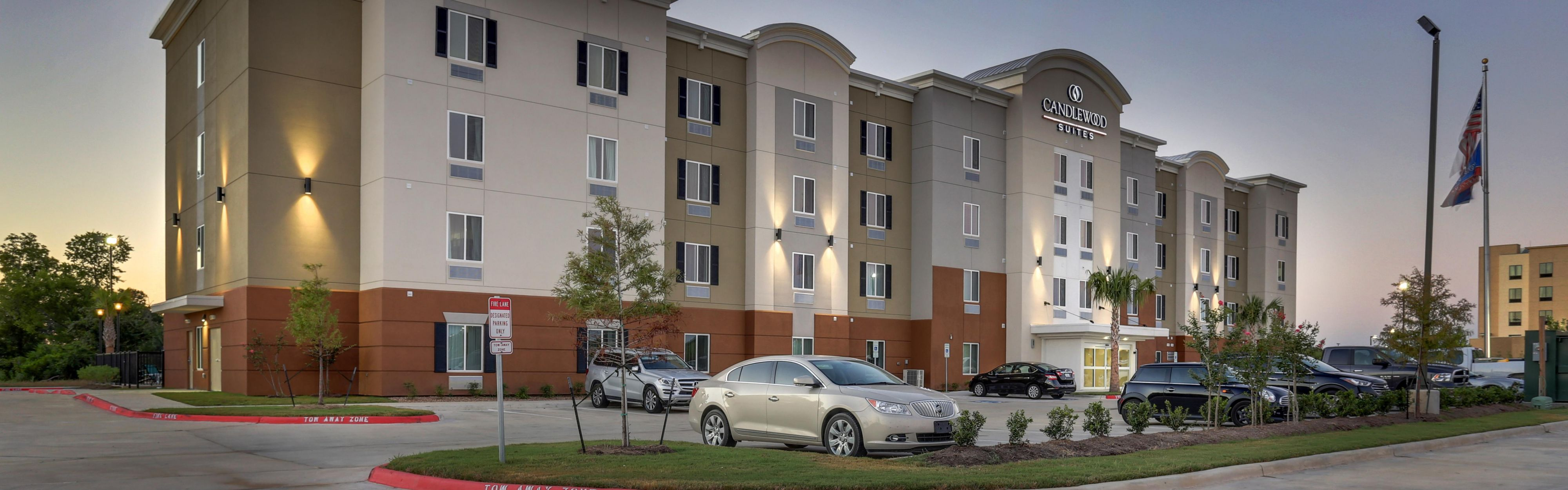 Candlewood Suites College Station at University image 0