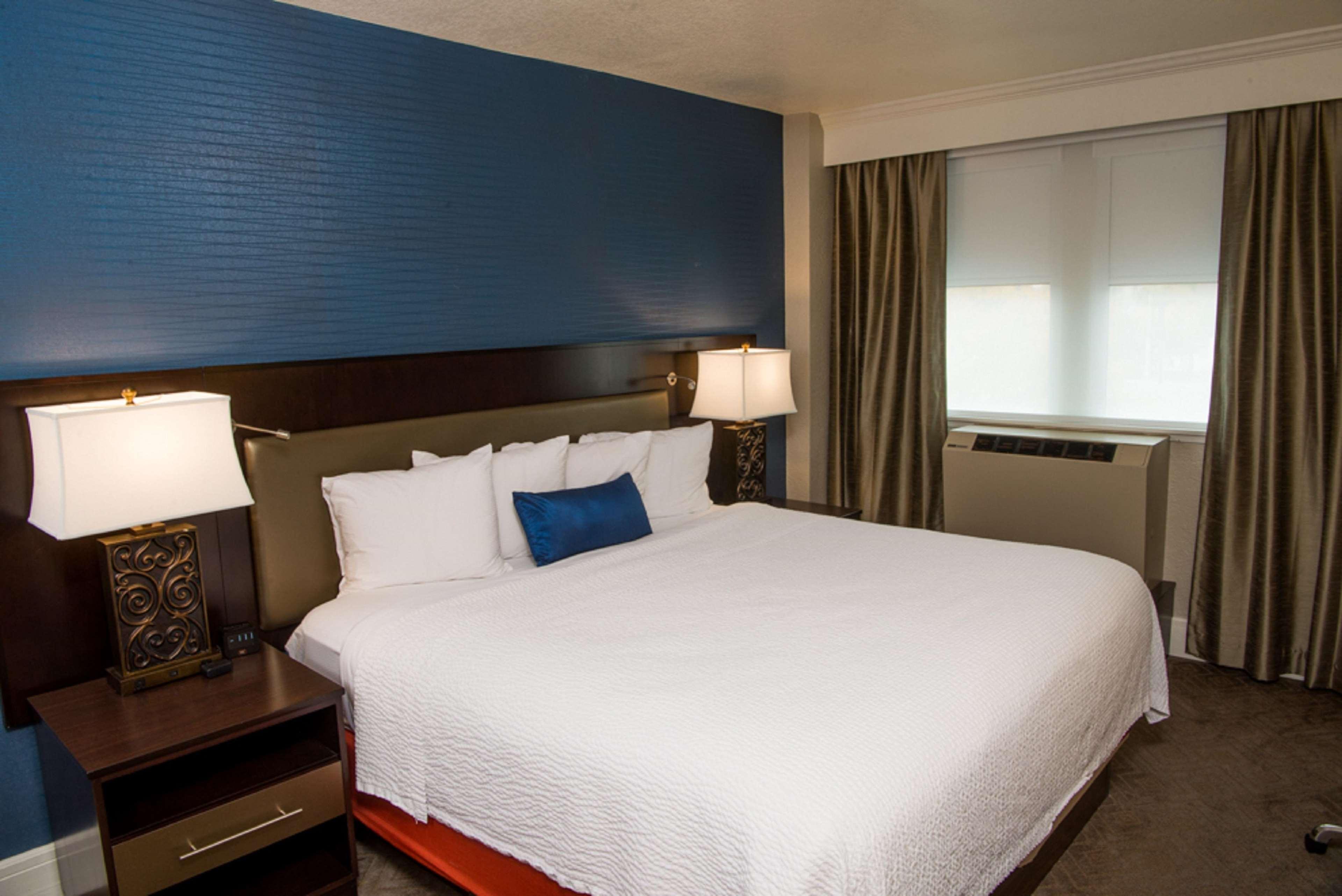 Hotel Alex Johnson Rapid City, Curio Collection by Hilton image 23