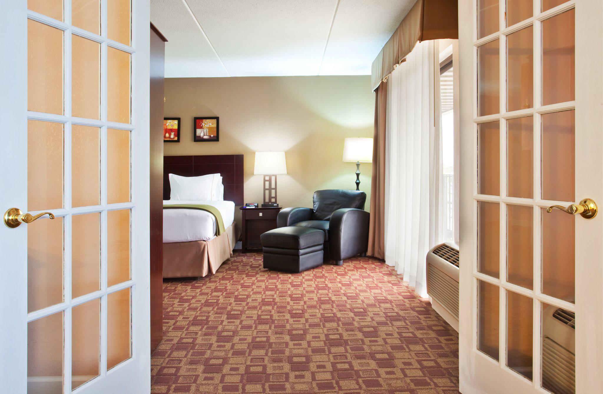 Holiday Inn Express Rolling Mdws-Schaumburg Area in Rolling Meadows, IL, photo #24