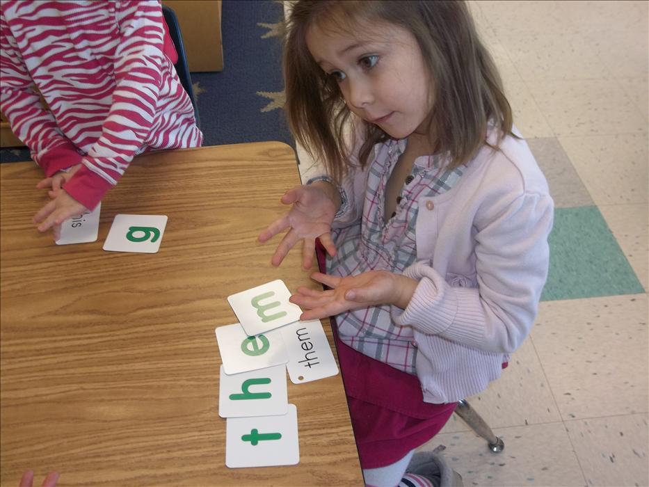 Learning sight words in Kindergarten