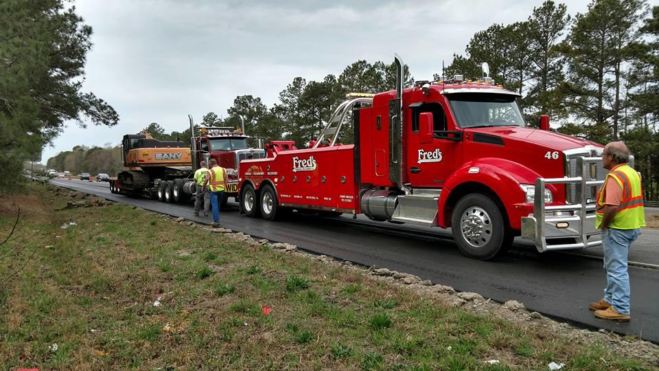 Fred's Towing & Transport image 17