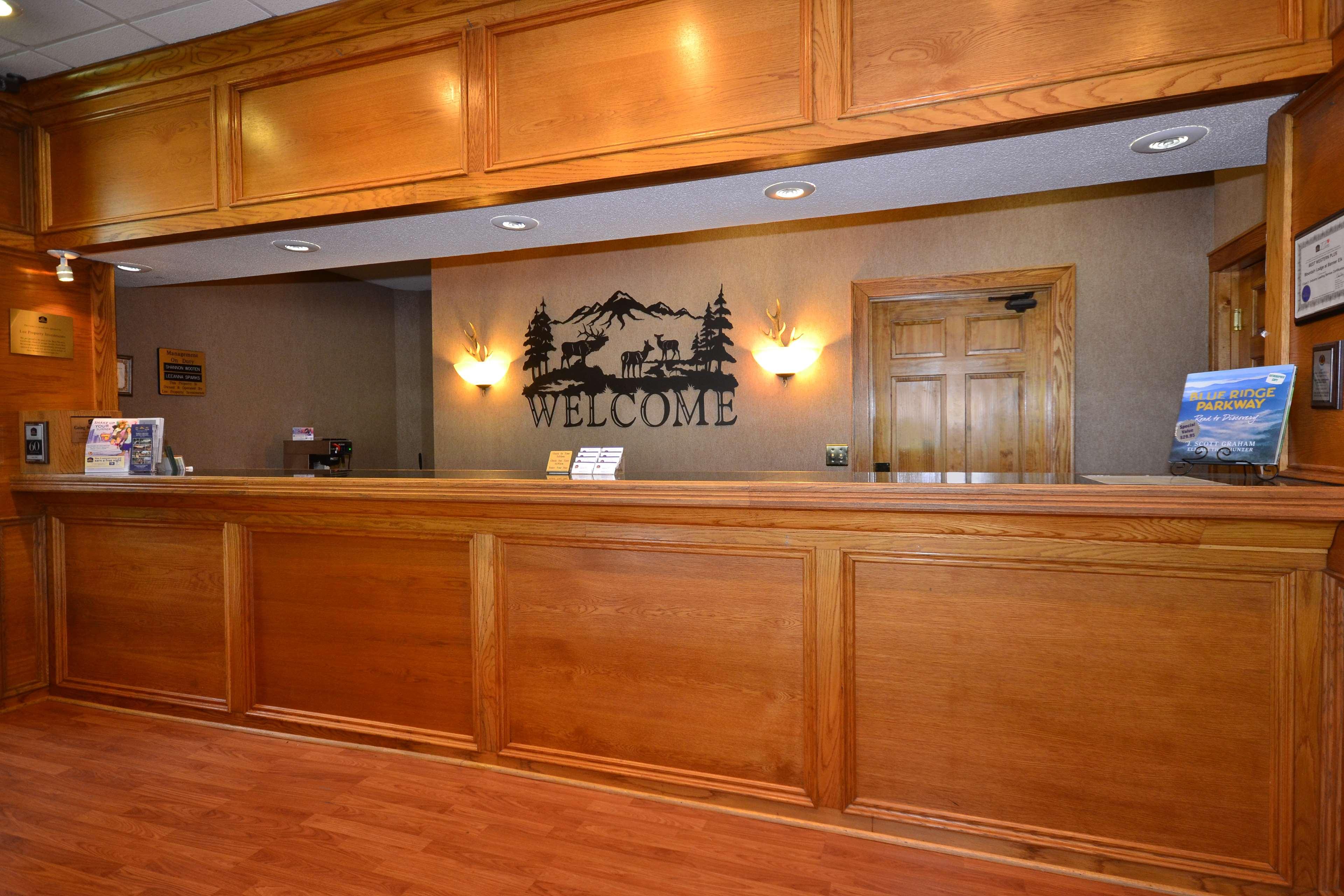 Best Western Mountain Lodge at Banner Elk image 1